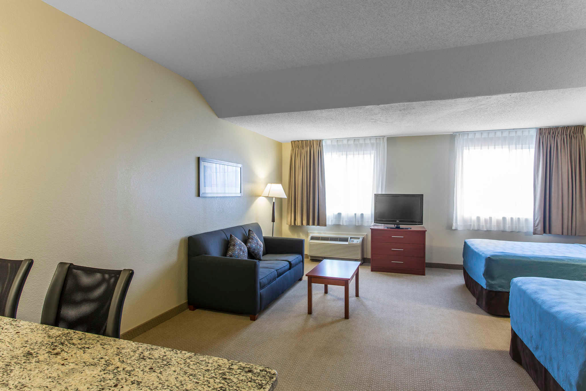 MainStay Suites image 31