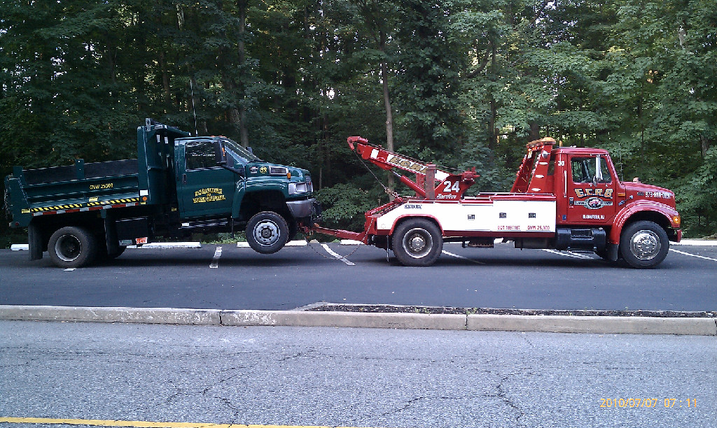 ECRB Towing and Recovery image 4