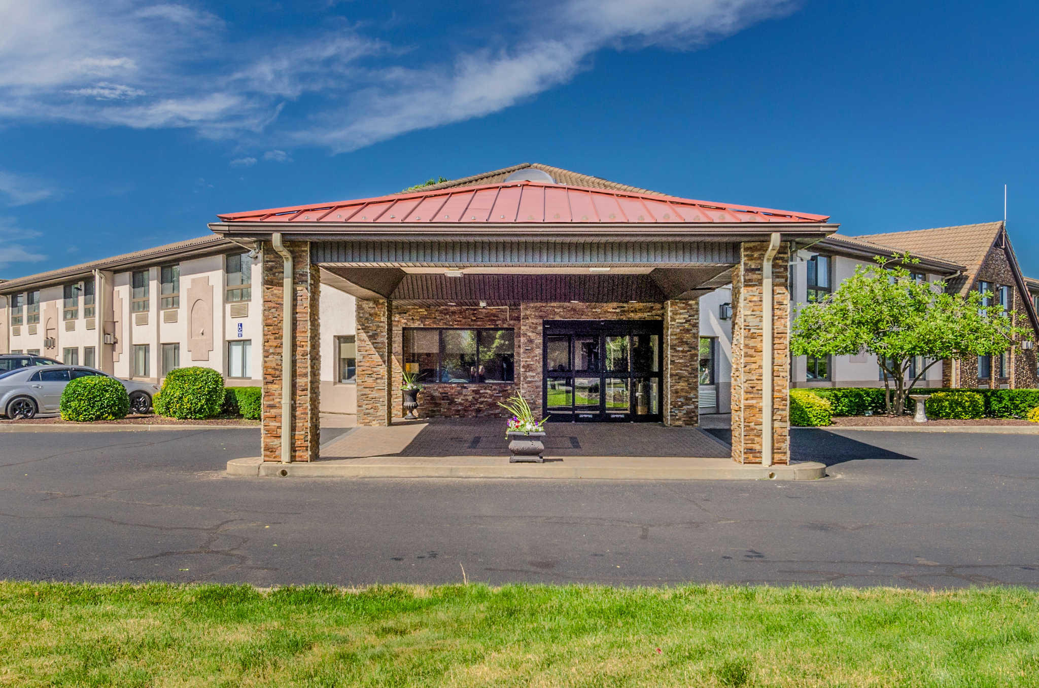Comfort inn suites in west springfield ma 413 736 5 for Olive garden west springfield ma