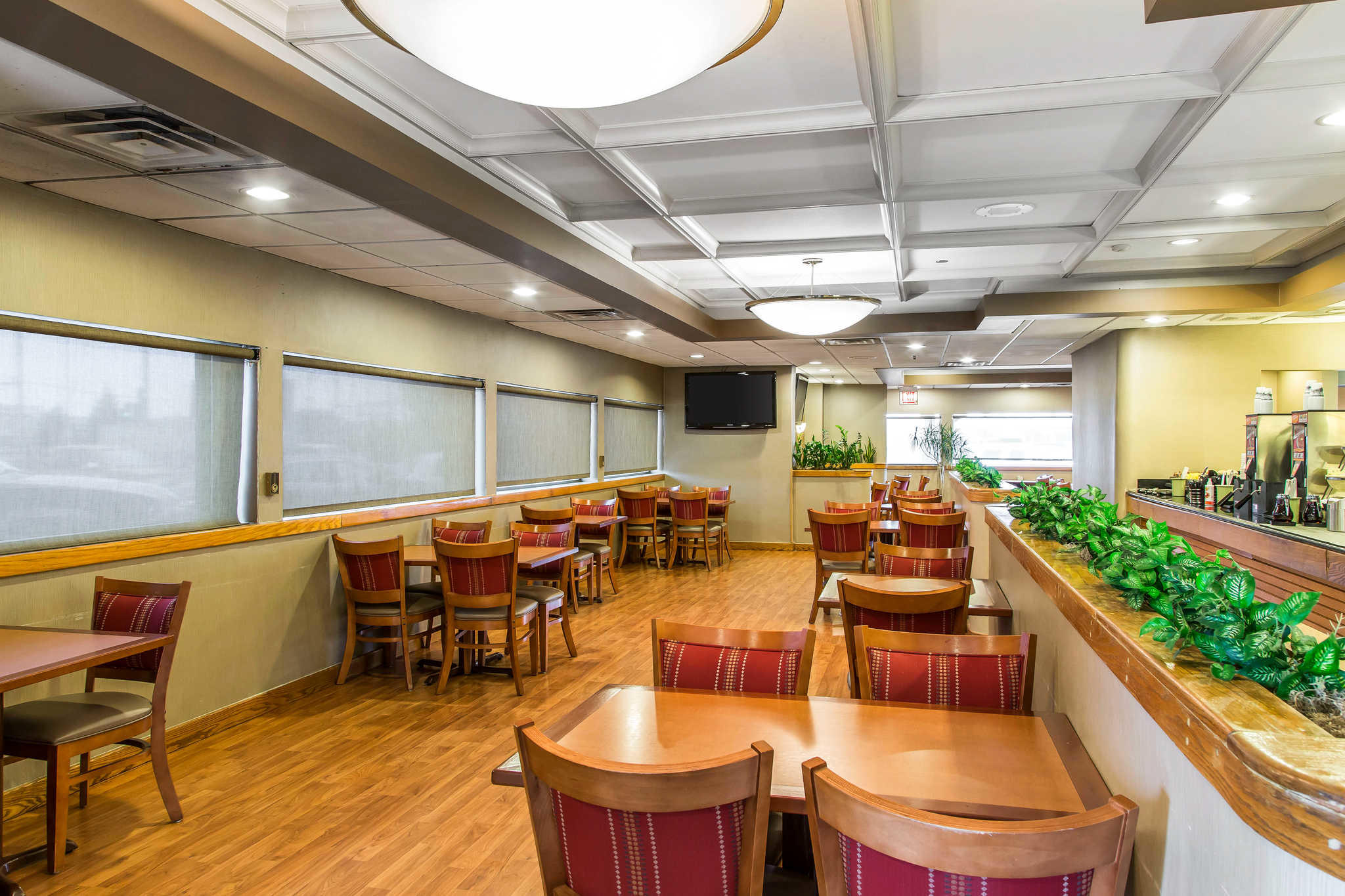 Quality Inn Midway Airport image 18