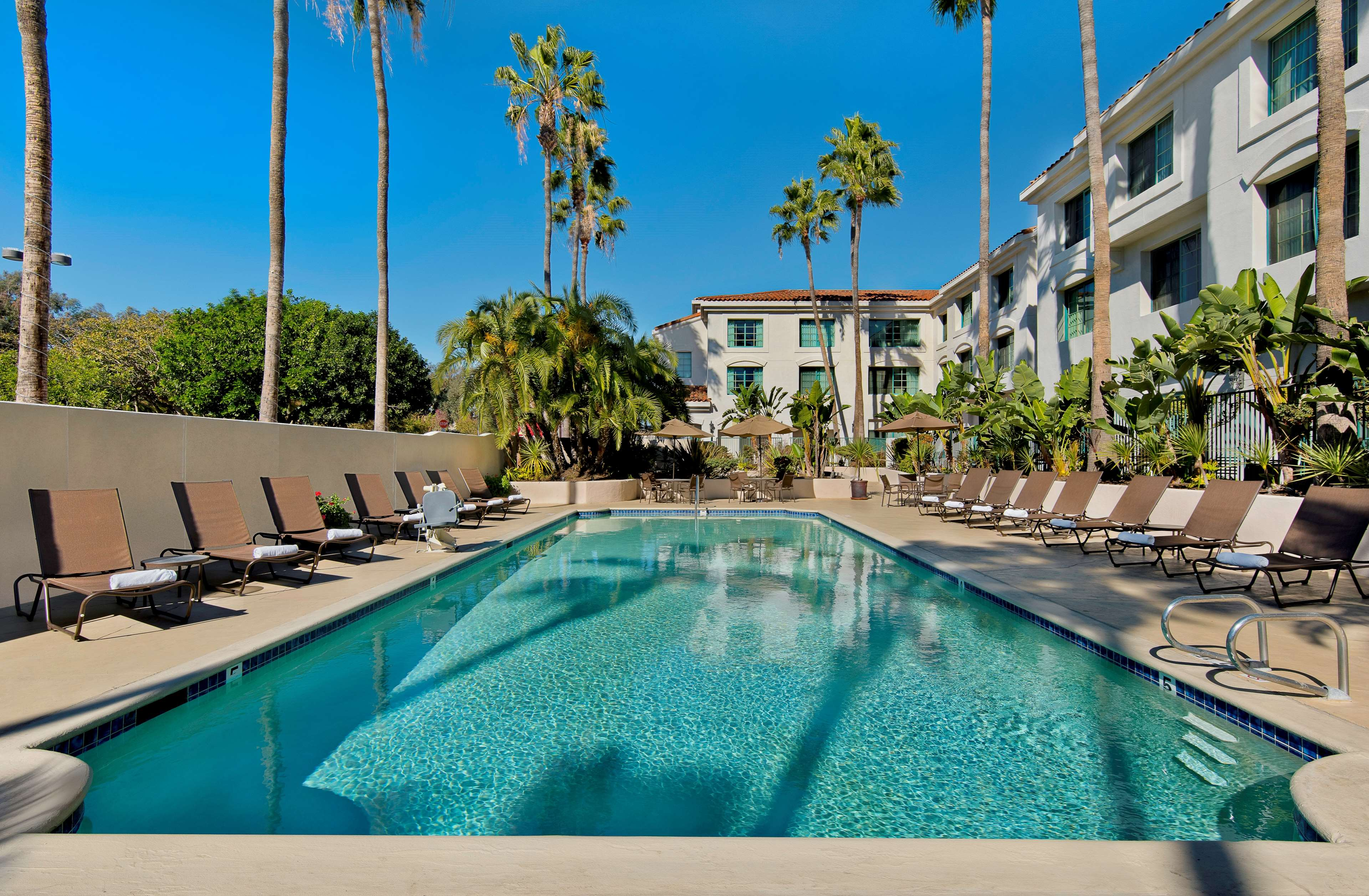 DoubleTree by Hilton Hotel San Pedro - Port of Los Angeles image 5