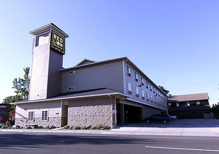 Red Lion Inn & Suites Eugene image 0