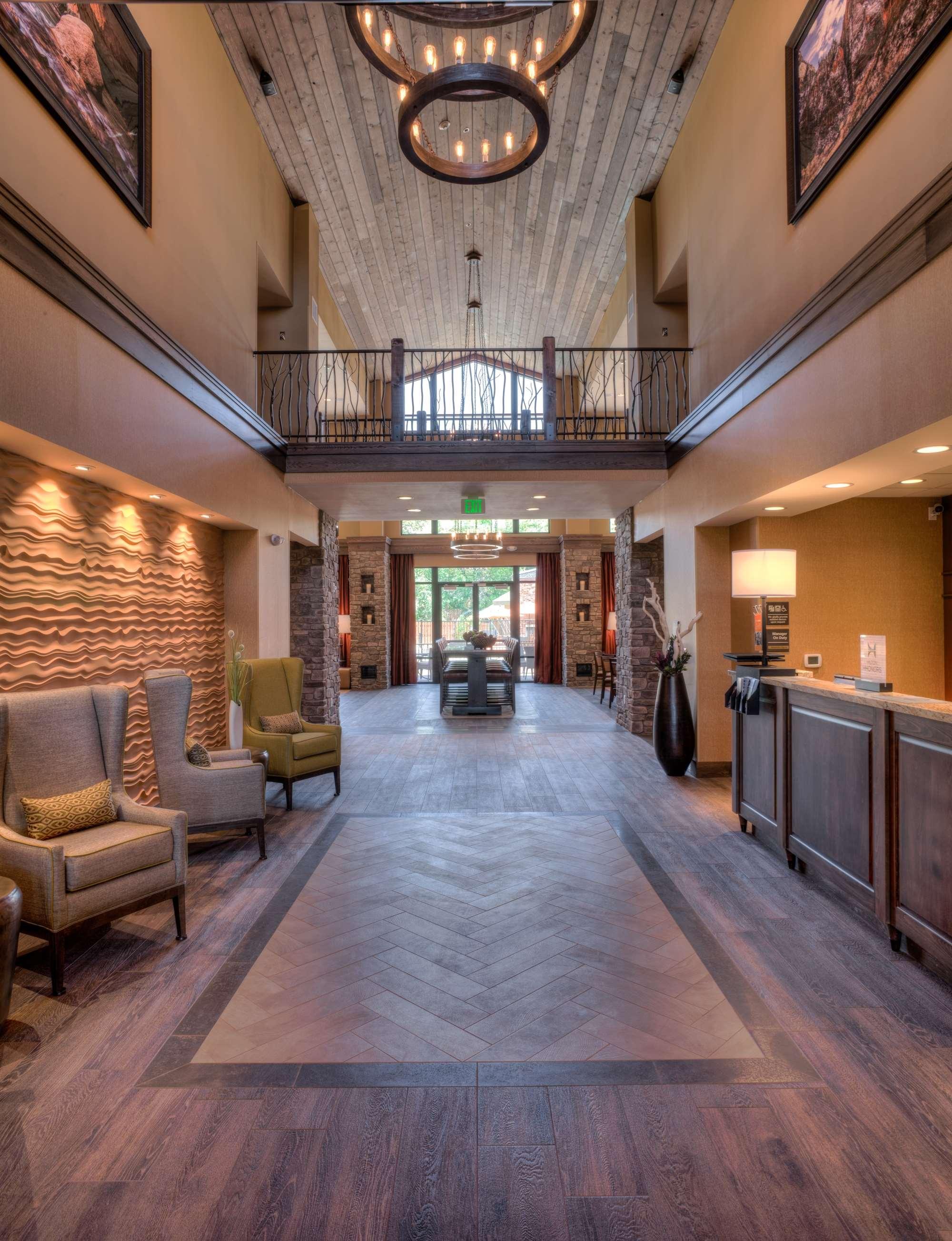 Hampton Inn & Suites Springdale/Zion National Park image 8