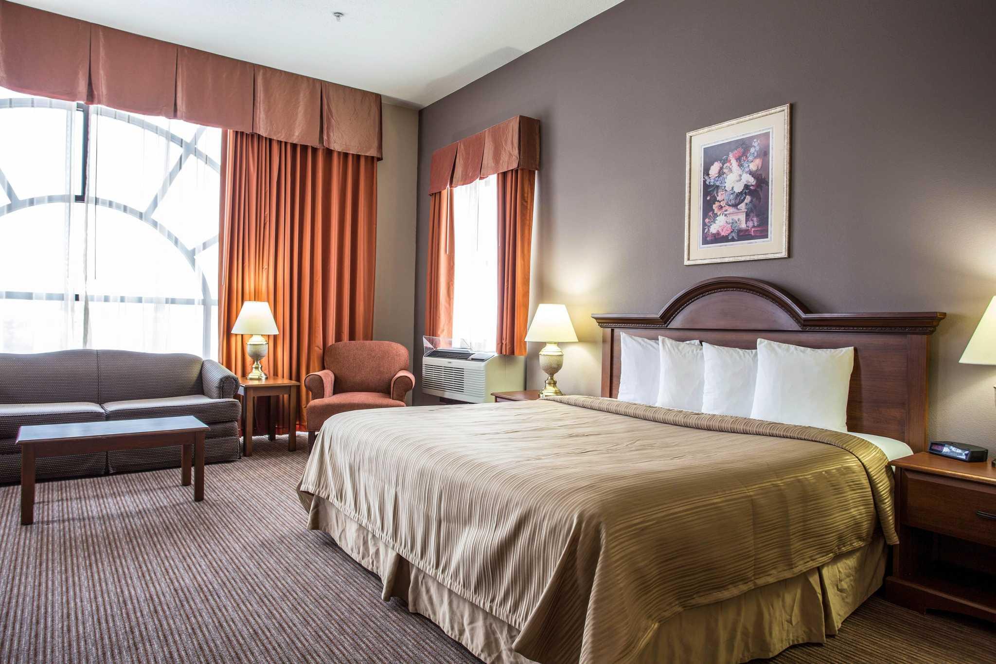 Quality Inn & Suites Matthews - Charlotte image 27