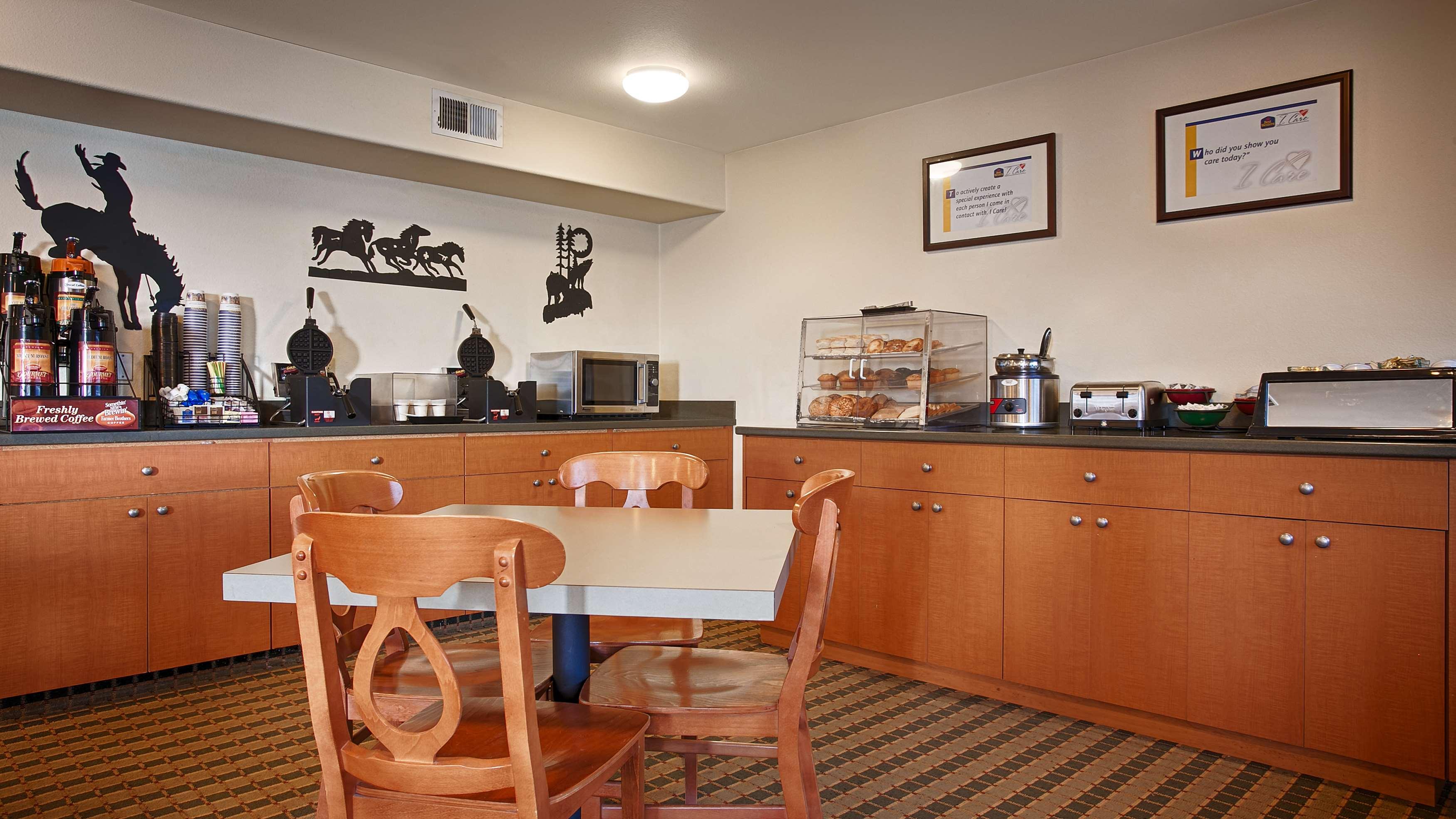 Best Western Rose Quartz Inn image 1