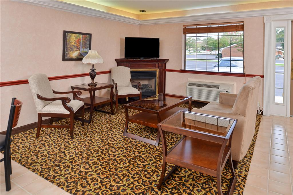 Country Hearth Inn & Suites - Toccoa image 3