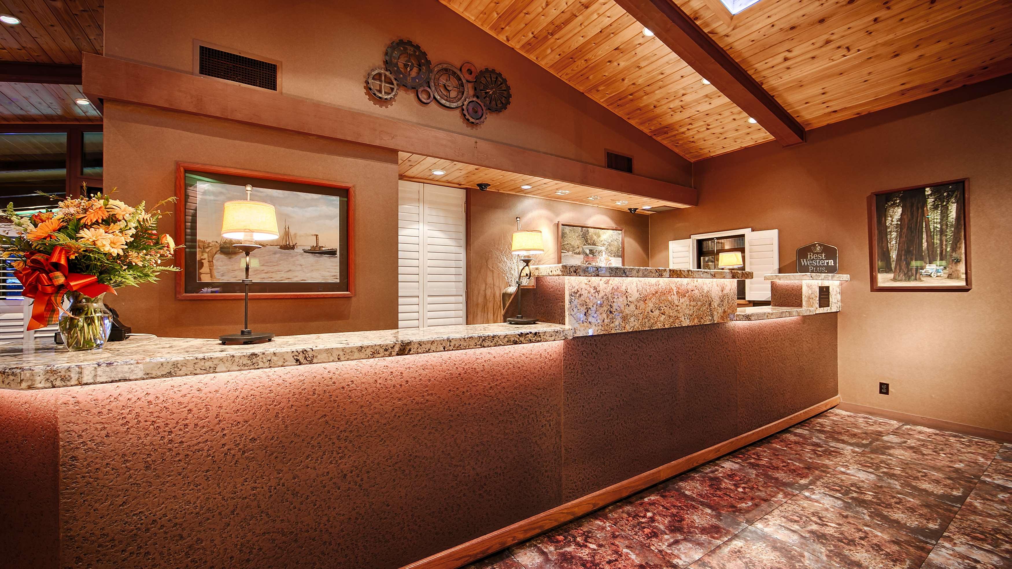 Best Western Plus Humboldt Bay Inn image 8