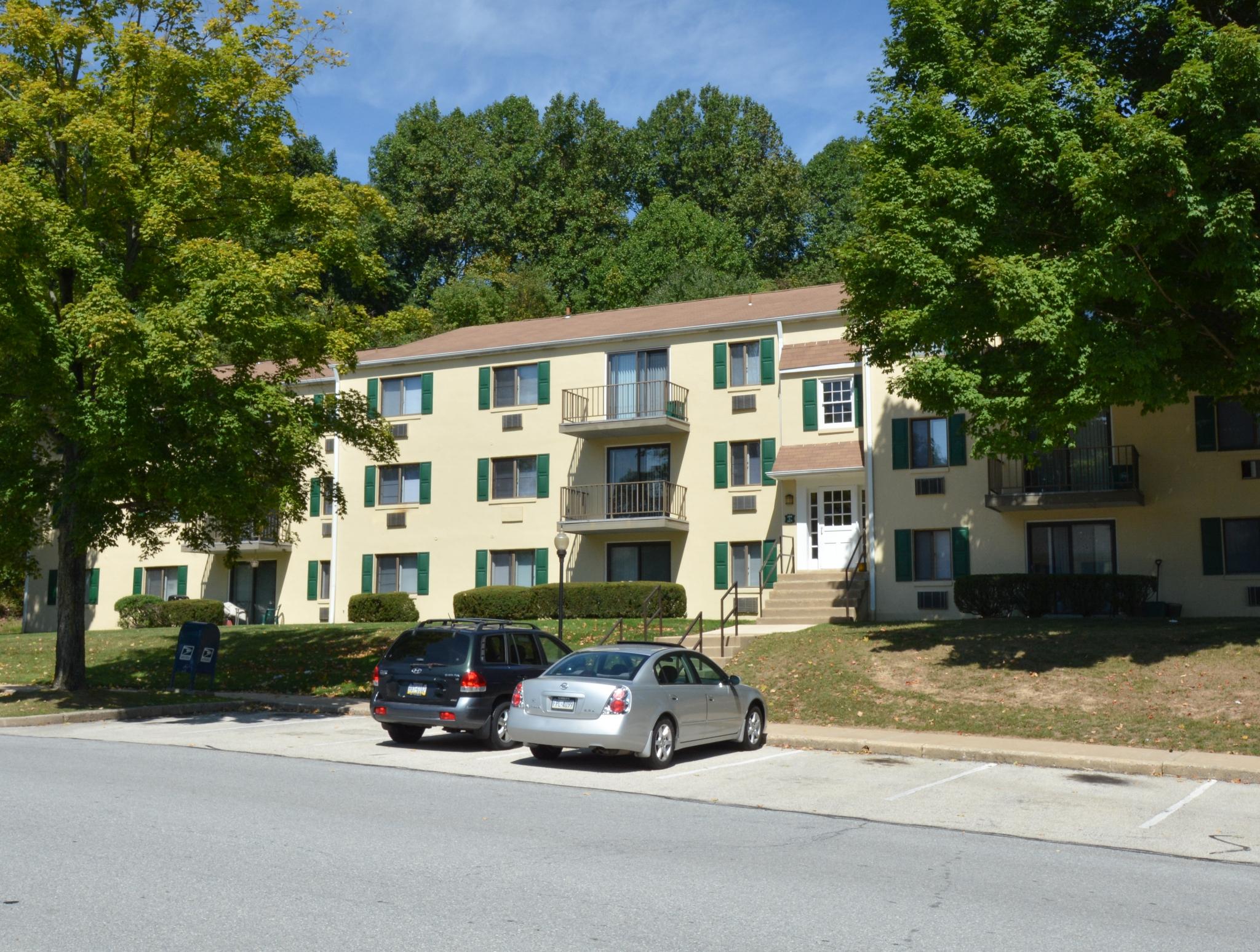 Norwood House Apartments image 1