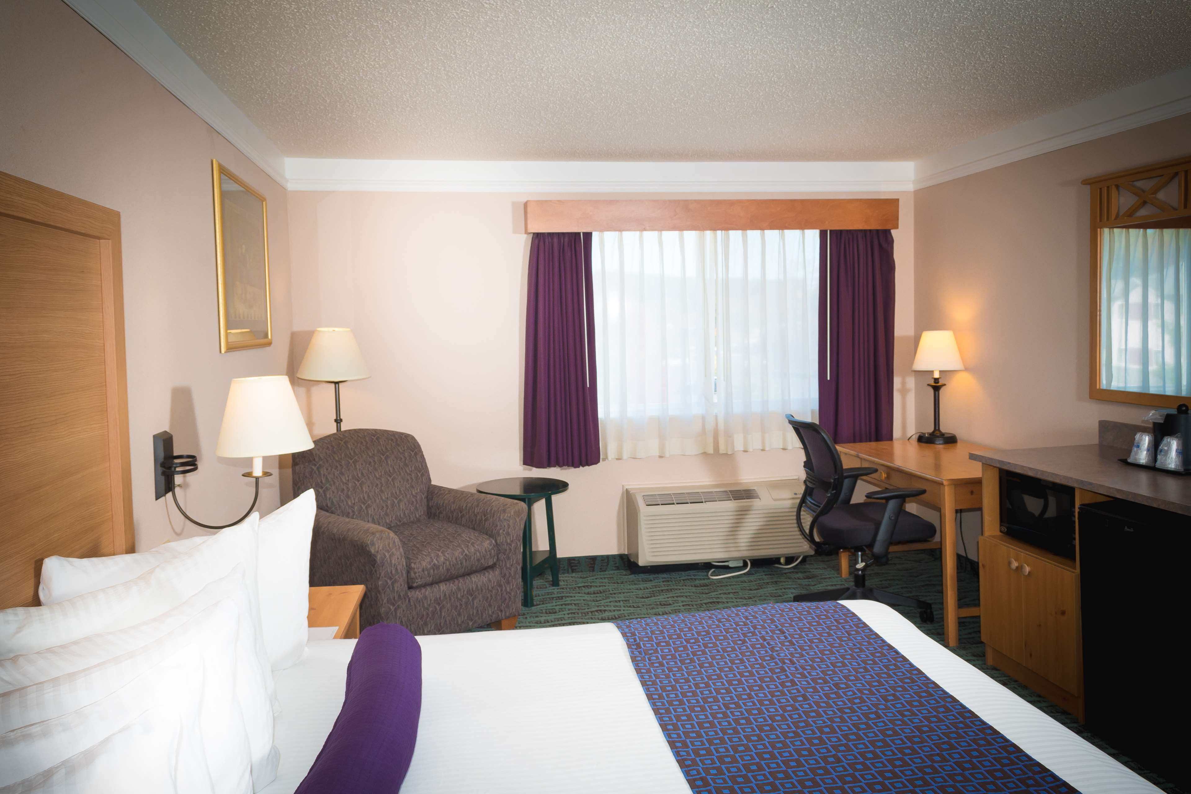 Best Western Plus Executive Court Inn & Conference Center image 37