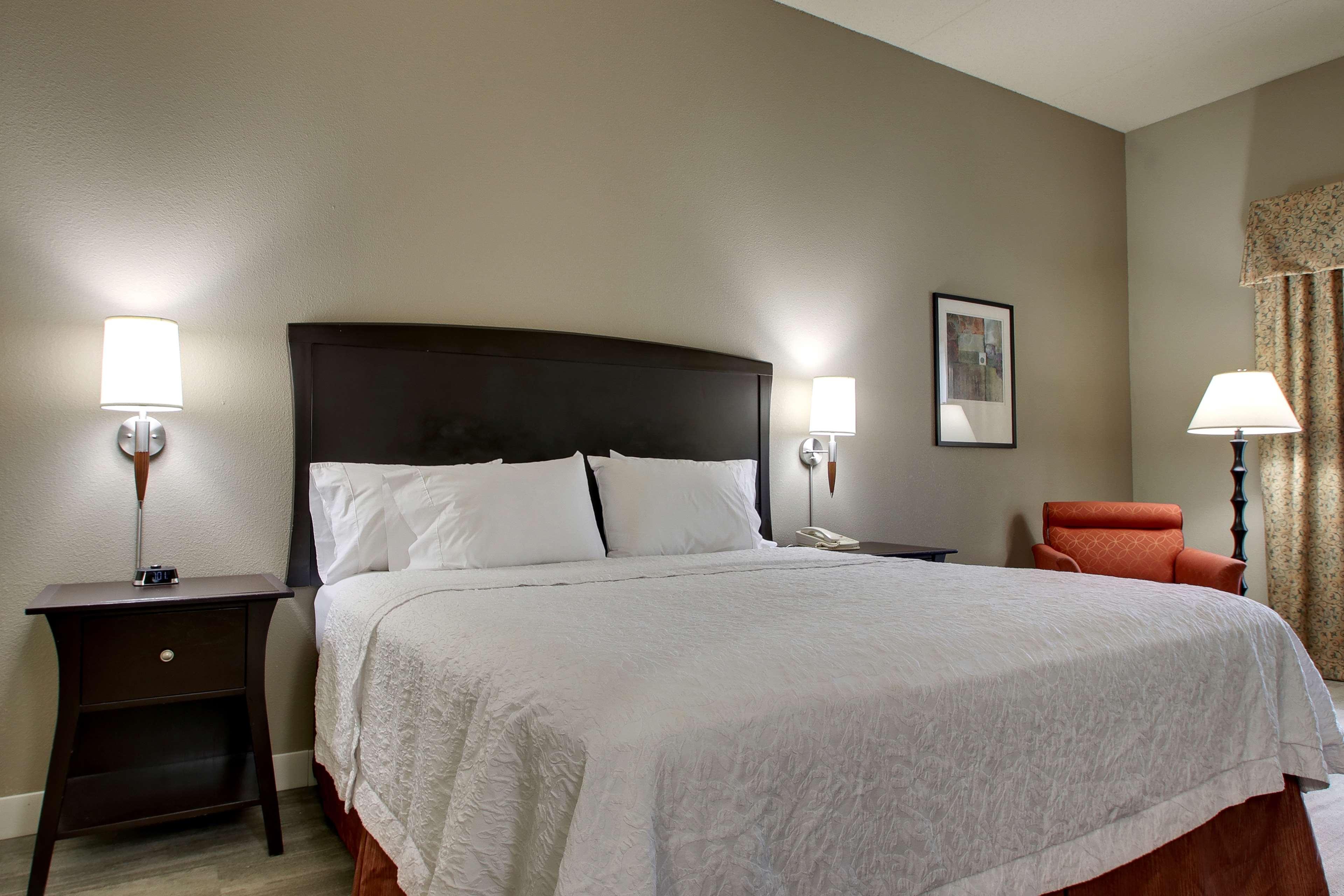 Hampton Inn & Suites Spartanburg-I-26-Westgate Mall image 20