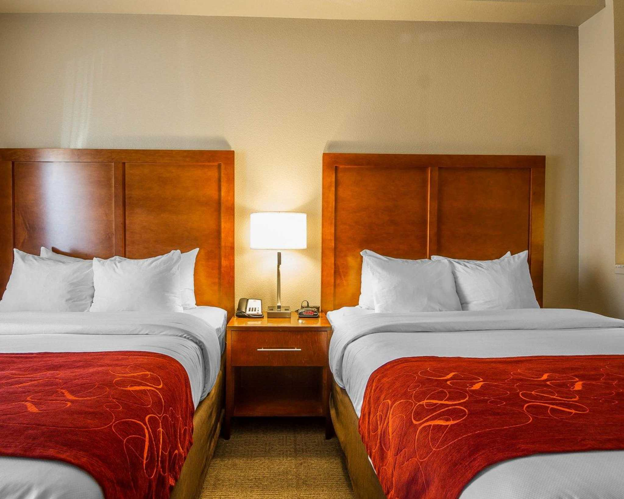 Comfort Suites Redding - Shasta Lake image 22