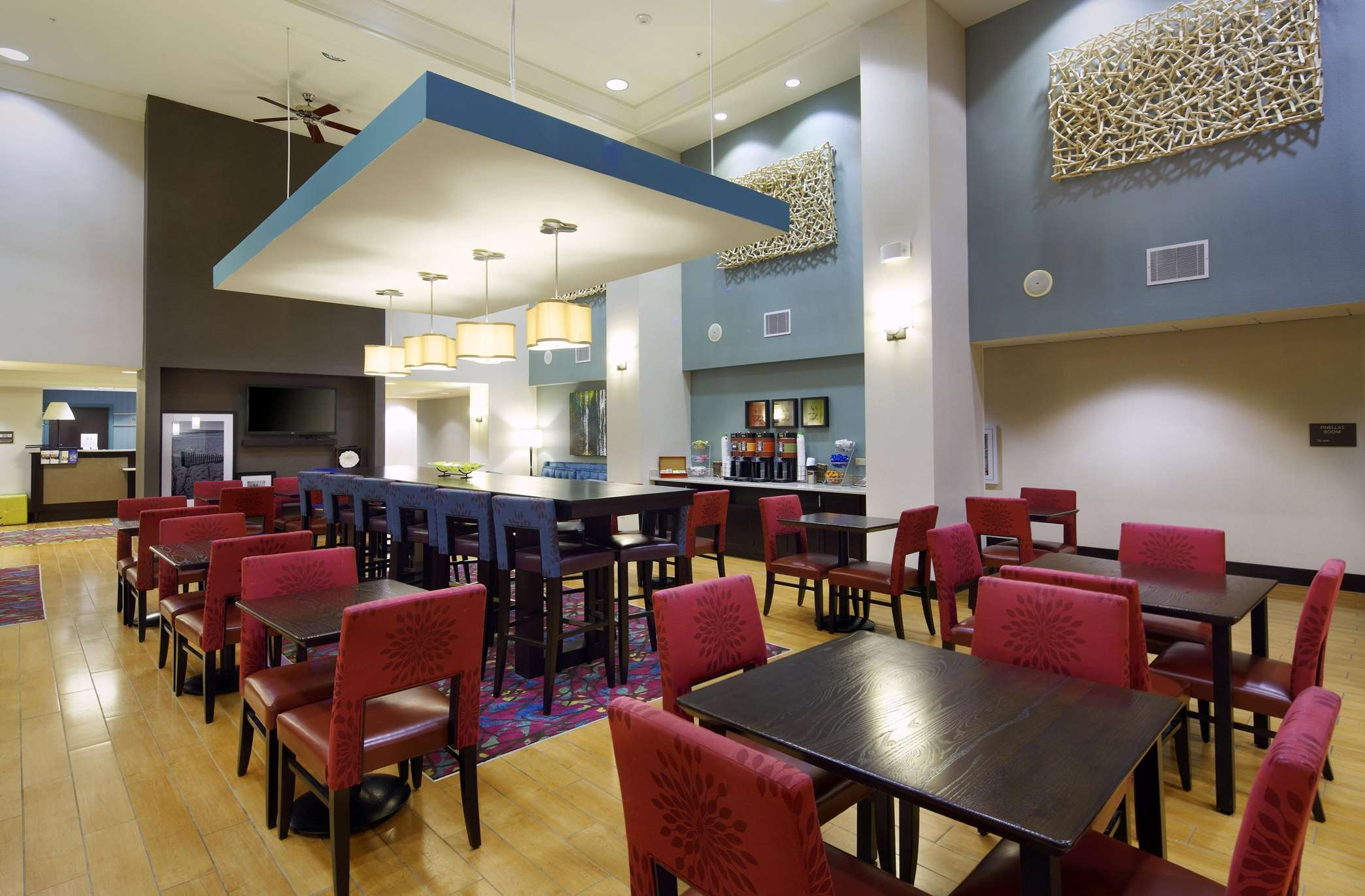 Hampton Inn & Suites Clearwater/St. Petersburg-Ulmerton Road, FL image 6
