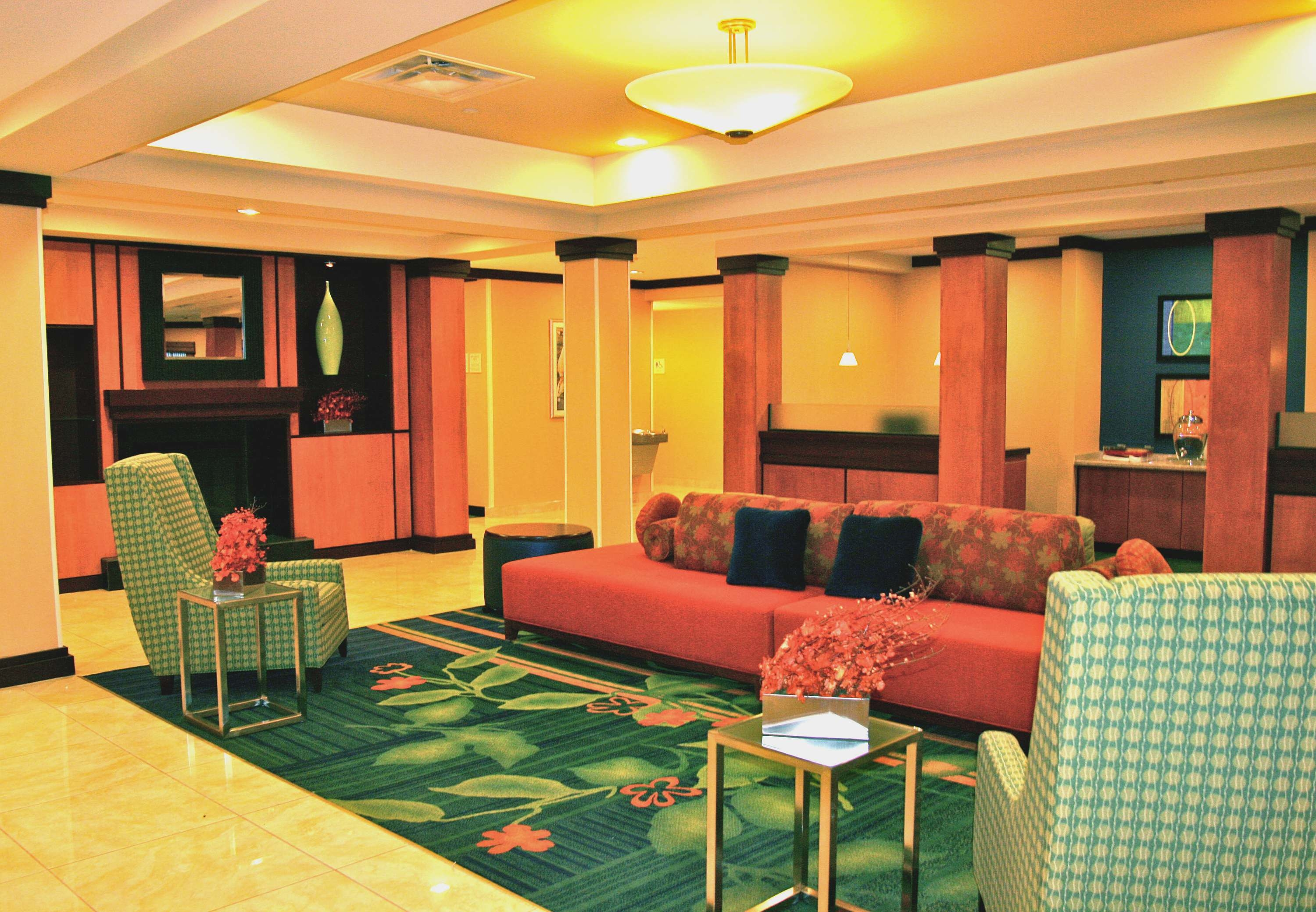 Fairfield Inn & Suites by Marriott Youngstown Austintown image 3