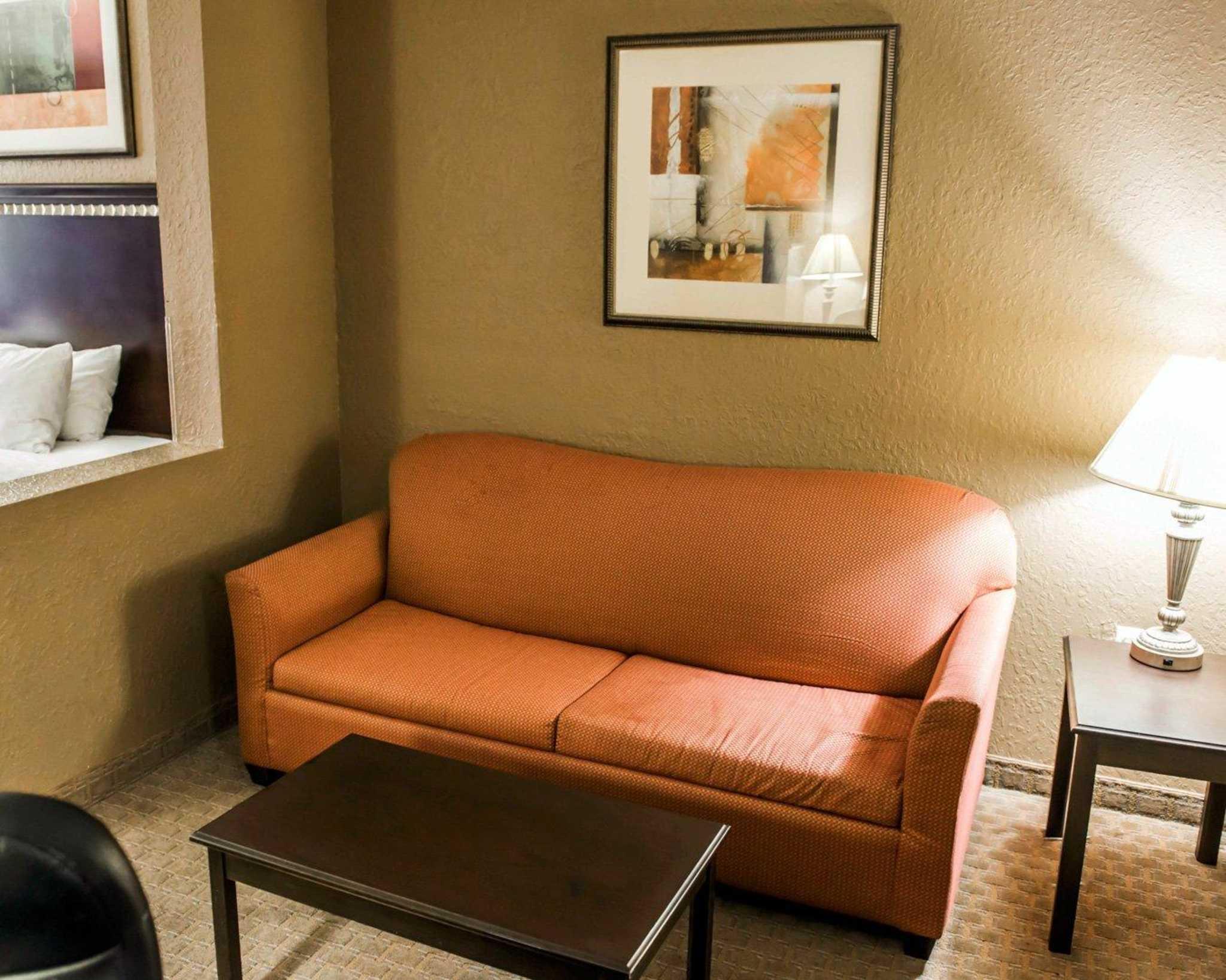 Comfort Inn & Suites Marianna I-10 image 8