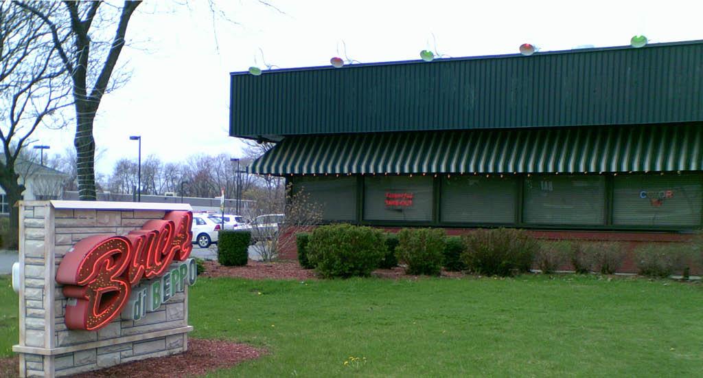 Restaurants Italian Near Me: Buca Di Beppo Coupons Colonie NY Near Me