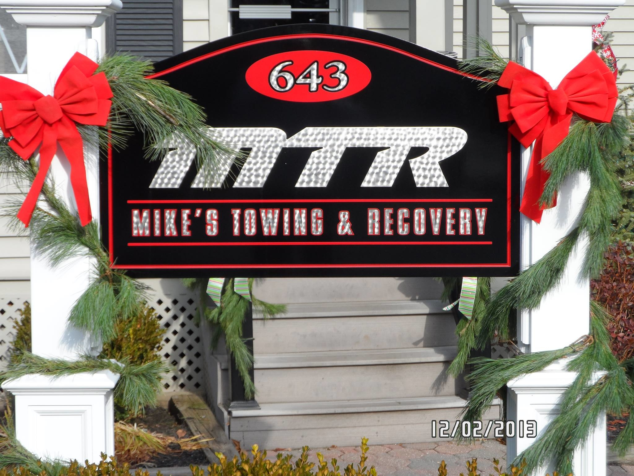 Mike's Towing & Recovery image 10