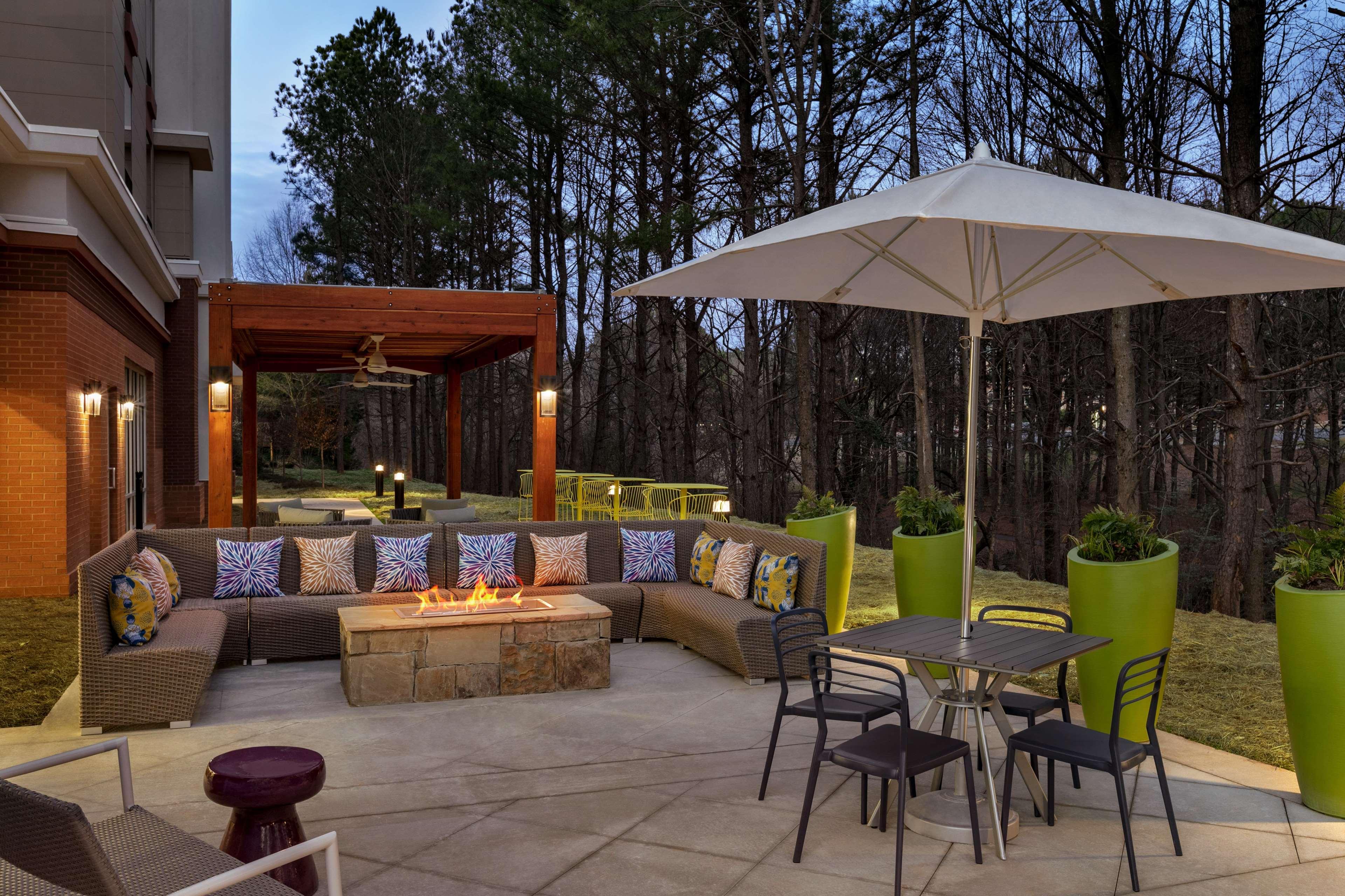 Hampton Inn and Suites Johns Creek image 4