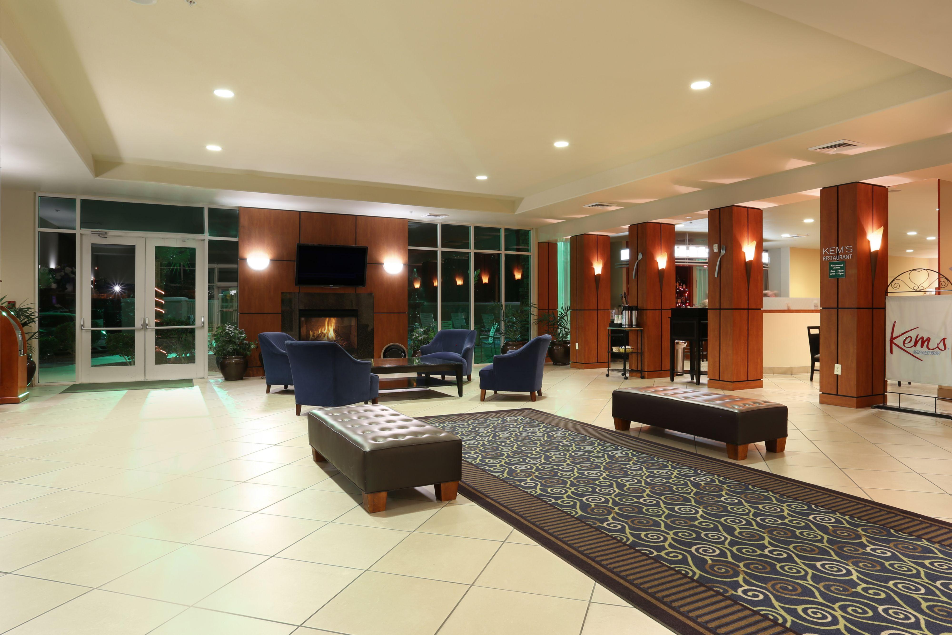 Holiday Inn Yuma image 4