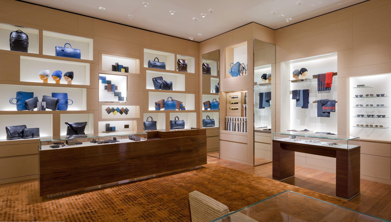 Louis Vuitton Indianapolis Saks image 2
