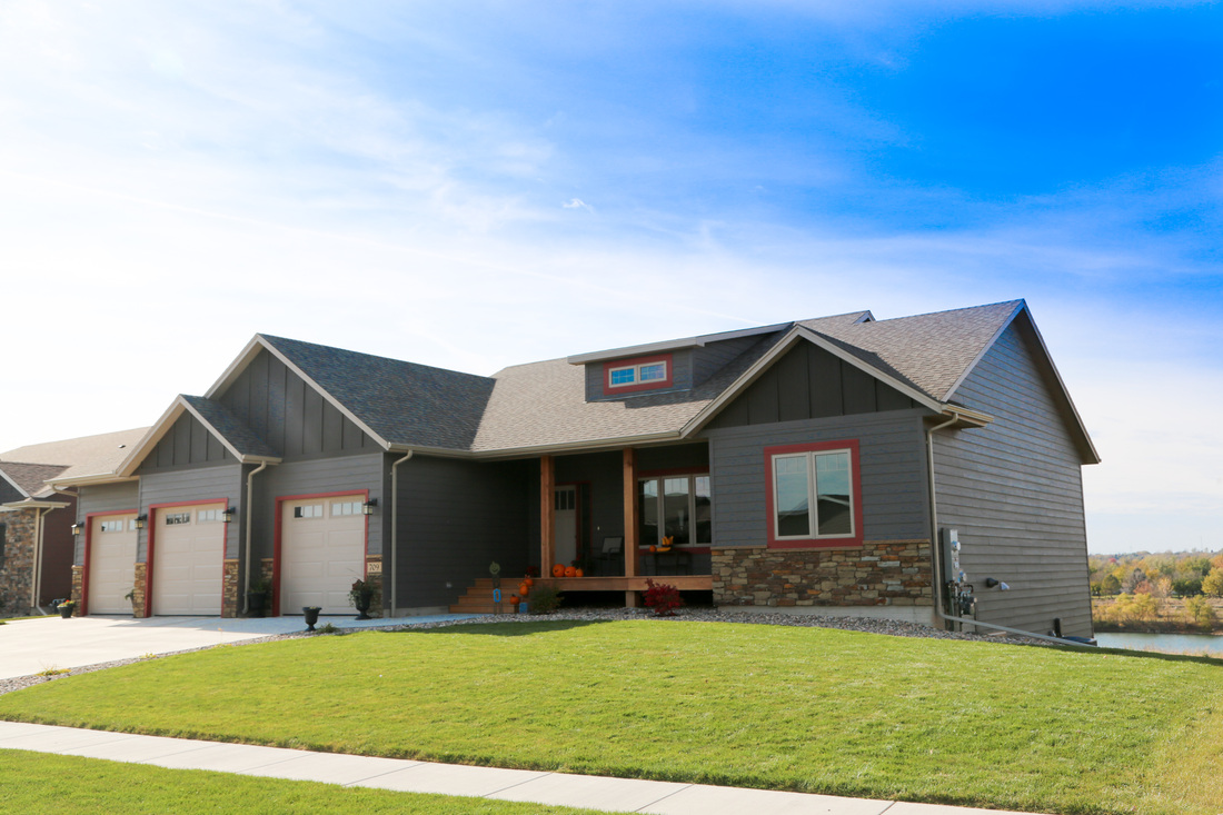 Oakland homes brandon sd business page for Cabins in sioux falls sd