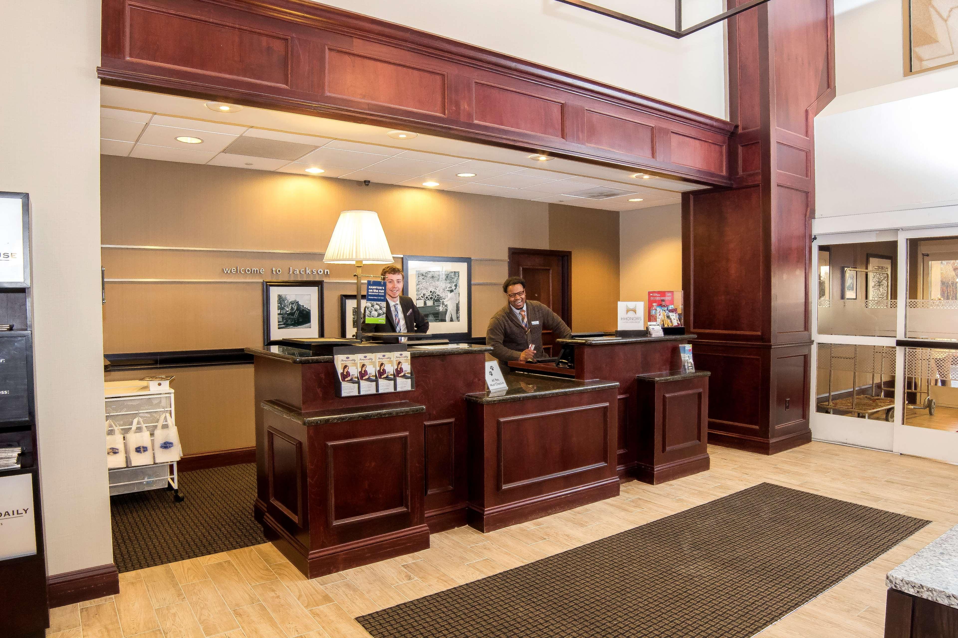 Hampton Inn & Suites Jackson image 6