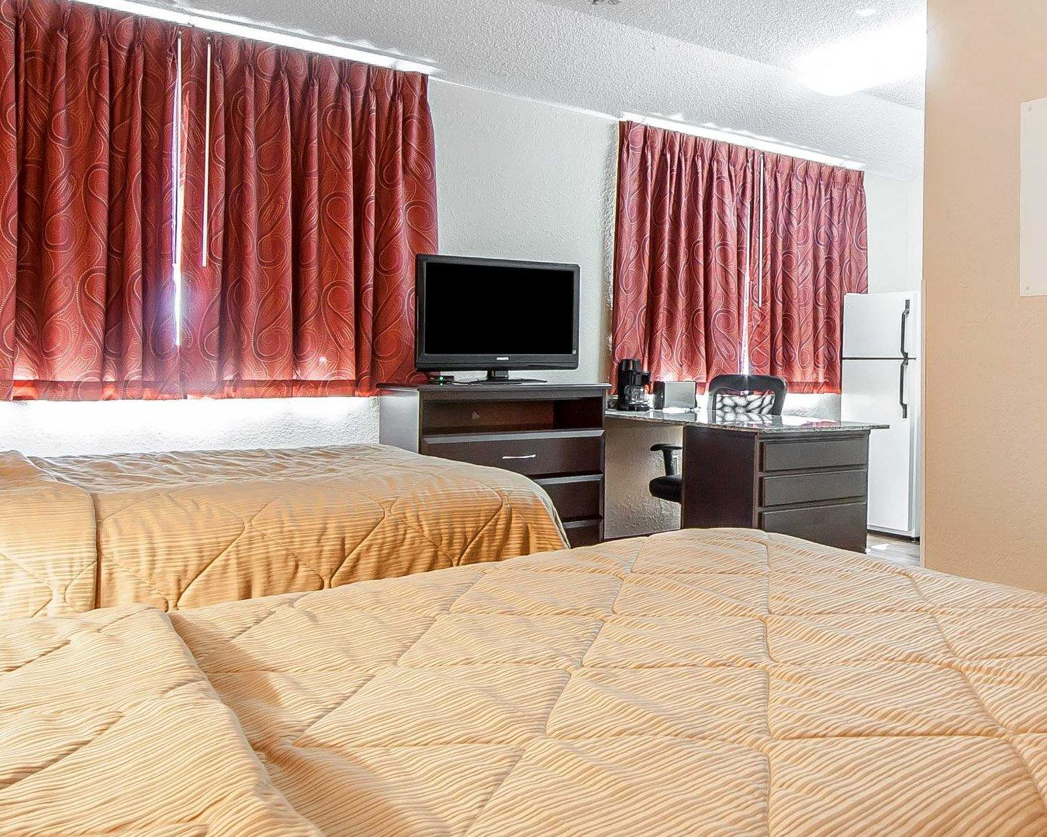 MainStay Suites Knoxville Airport image 31