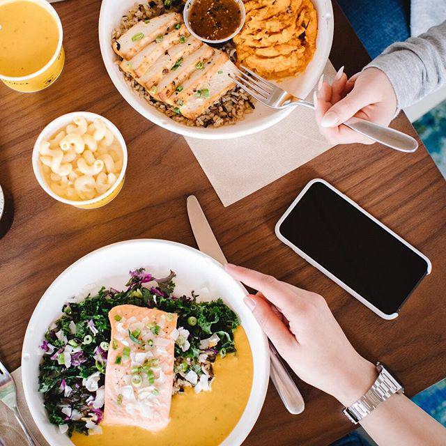 Modern Market Eatery image 2
