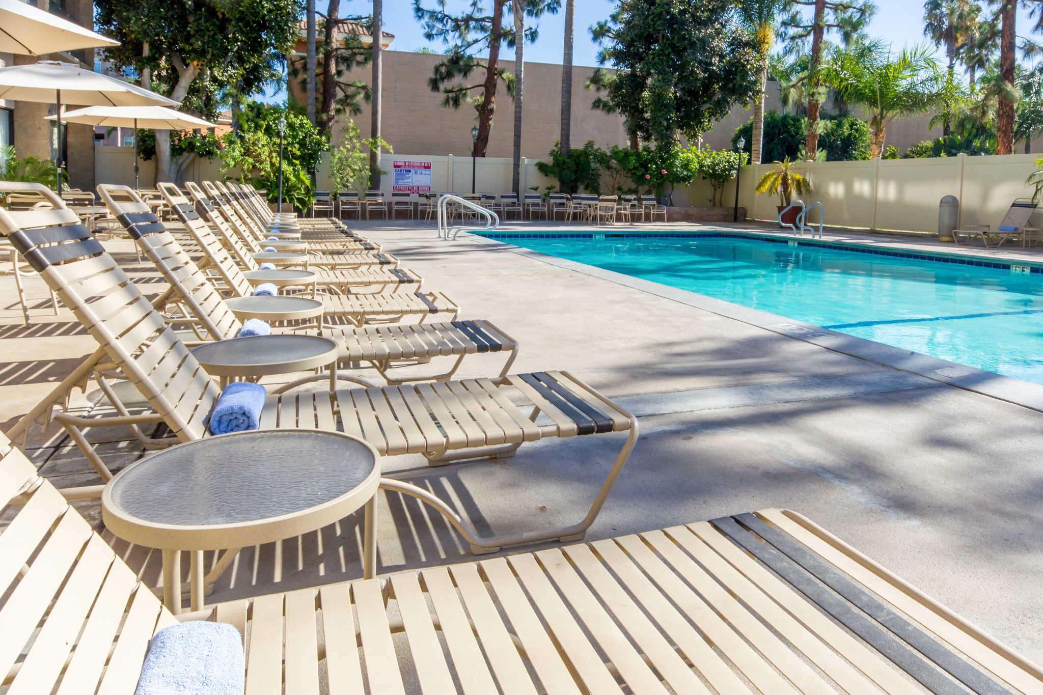 Clarion Hotel Anaheim Resort image 17
