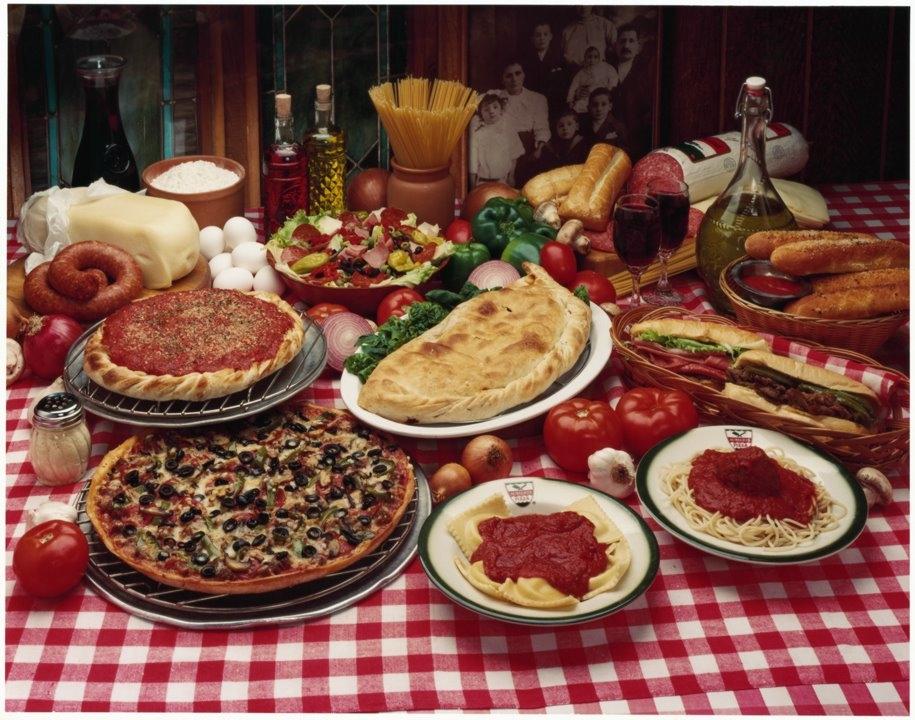 Aurelio's Pizza image 4
