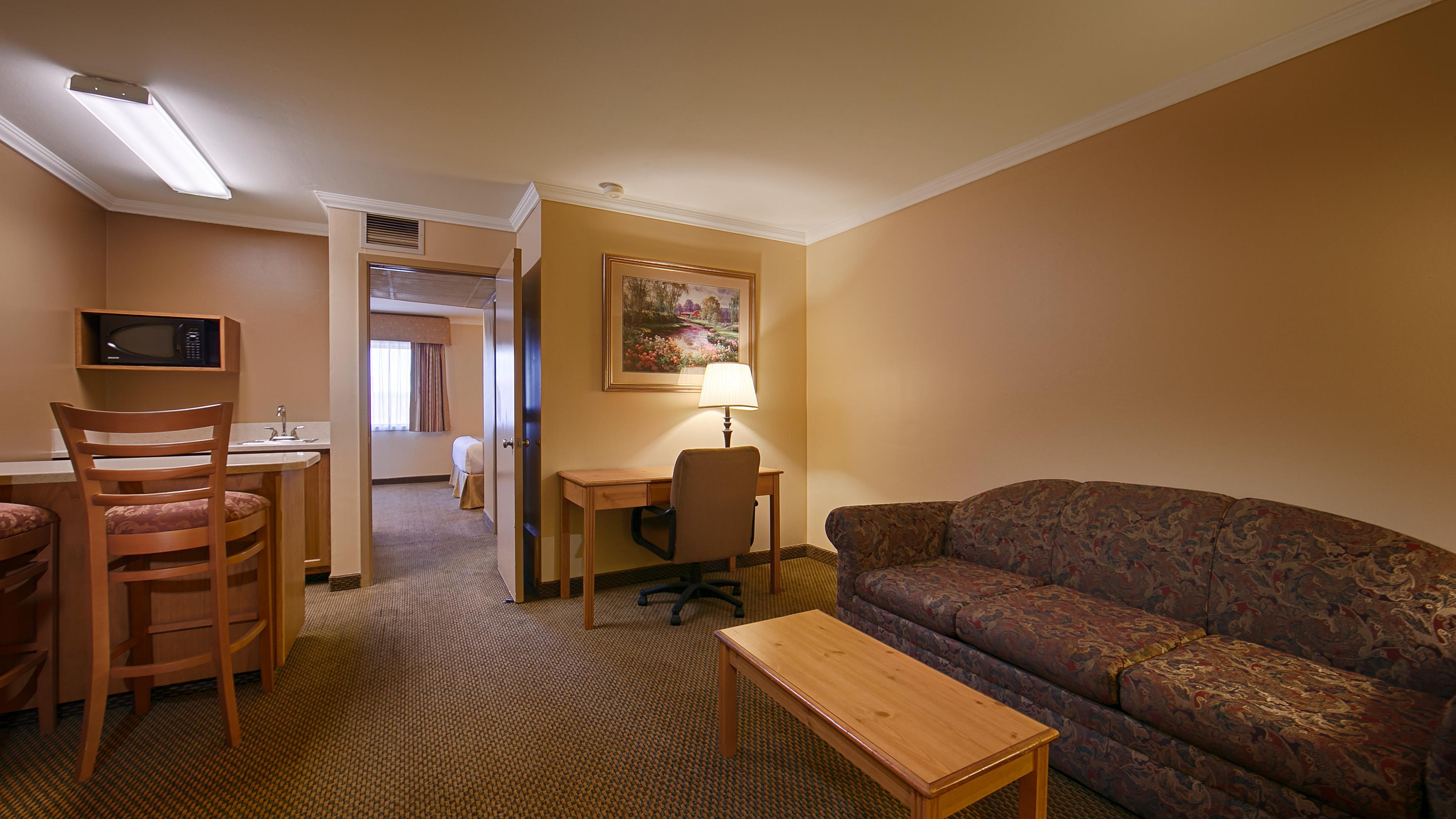 Best Western Inn & Suites image 21