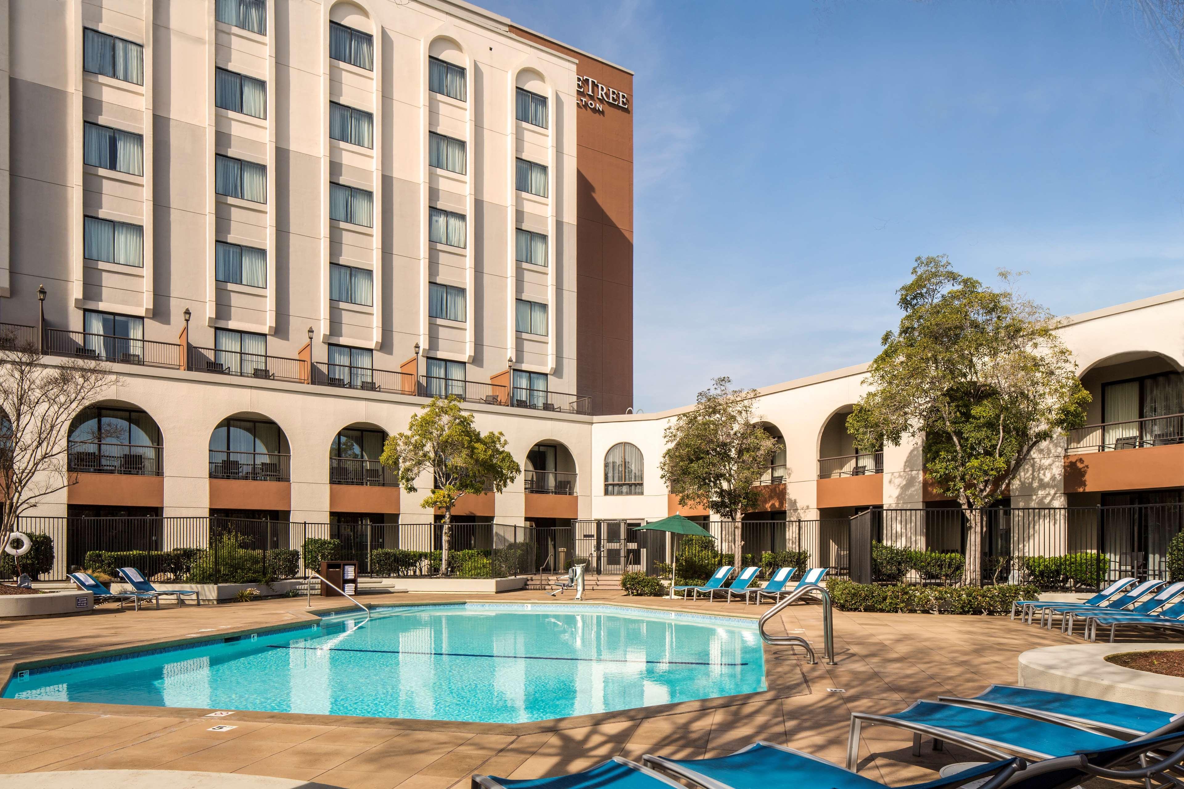 DoubleTree by Hilton Hotel Newark - Fremont image 0