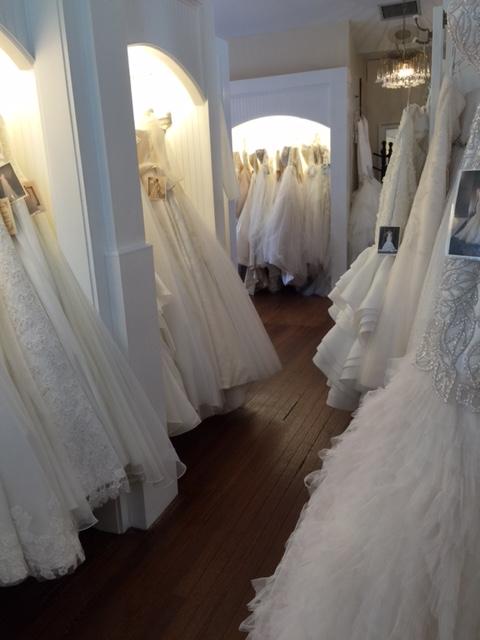La raine 39 s bridal boutique in atlanta ga 30306 citysearch for Wedding dress boutiques in atlanta