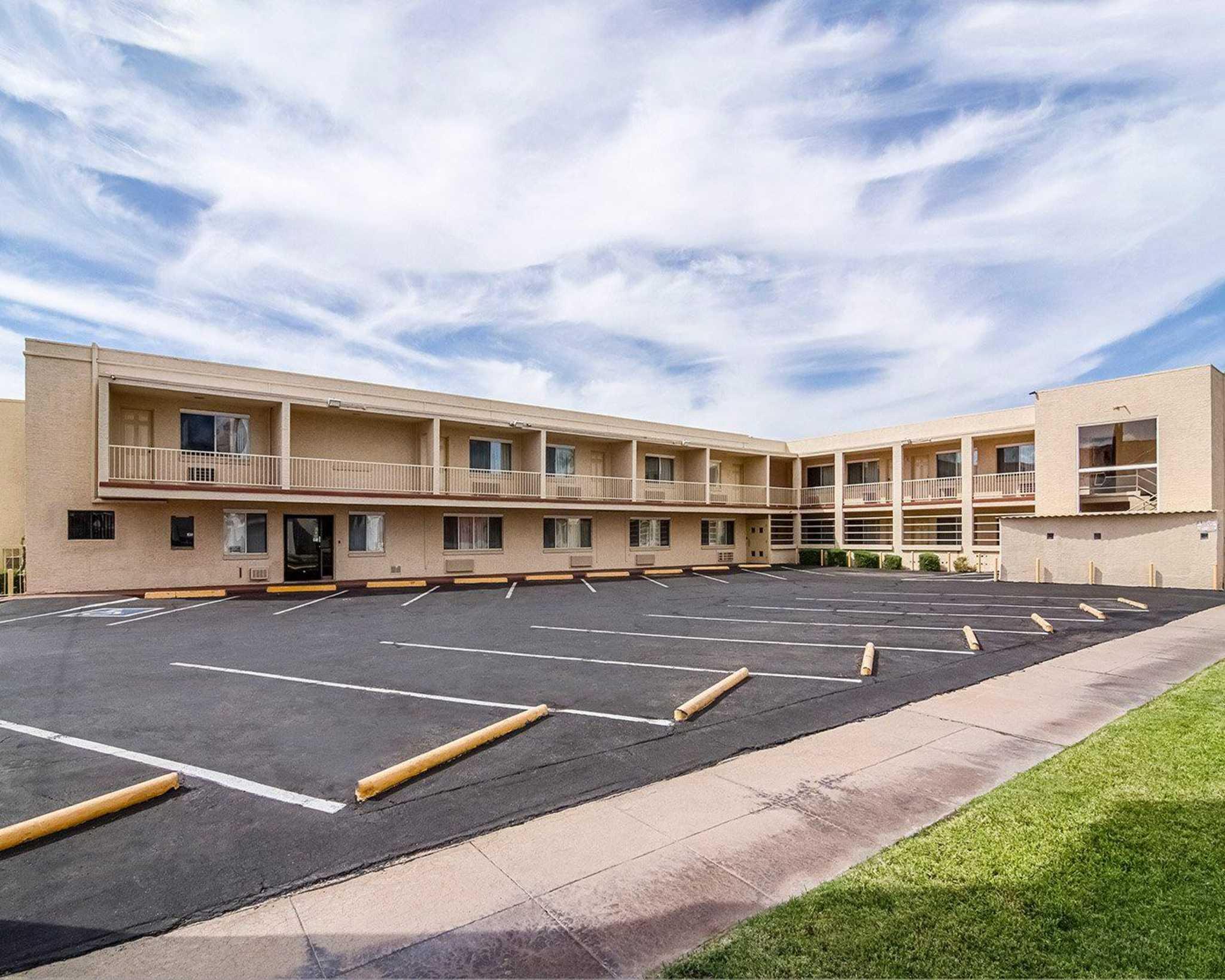 Rodeway Inn Downtown Phoenix image 3