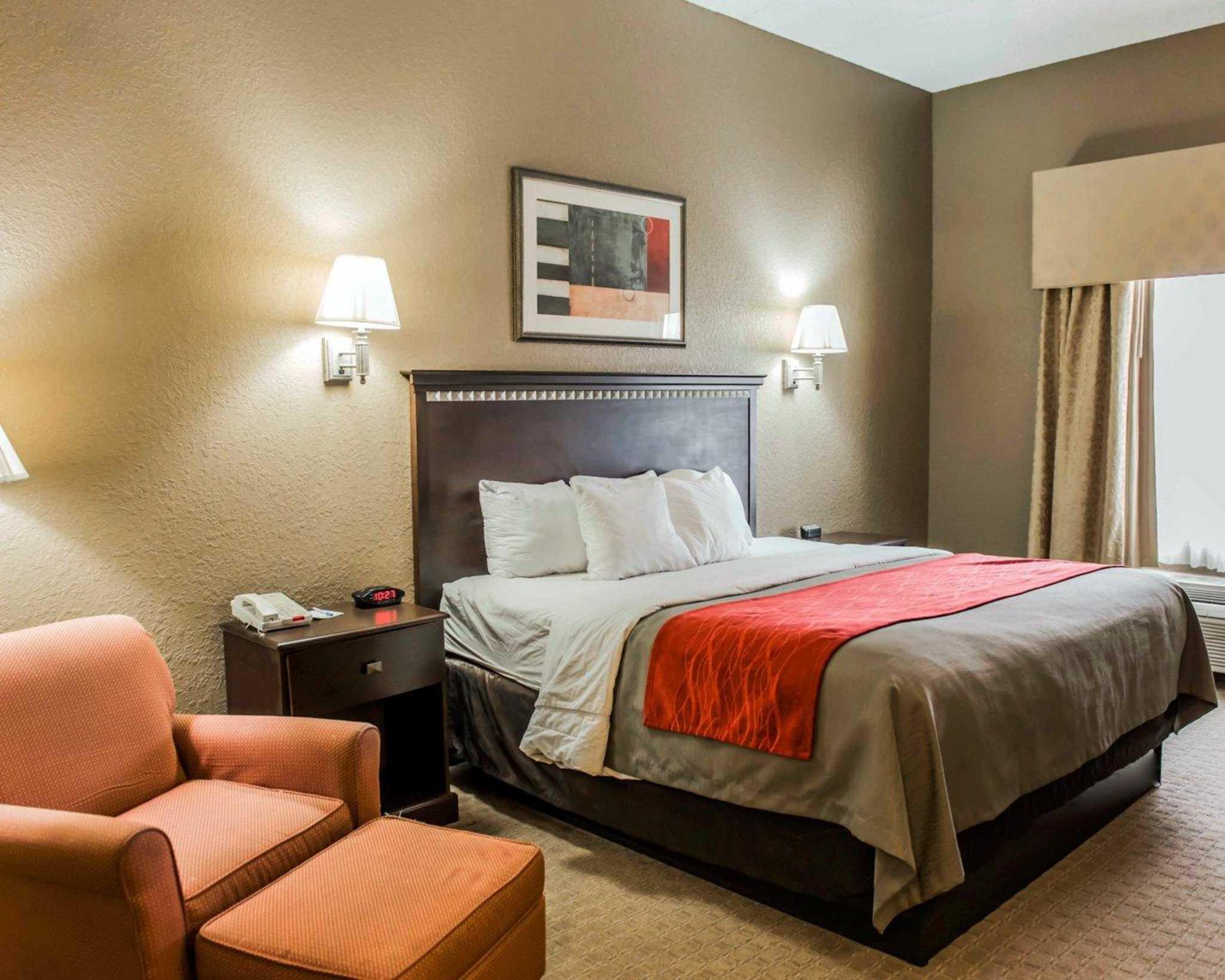 Comfort Inn & Suites Marianna I-10 image 2