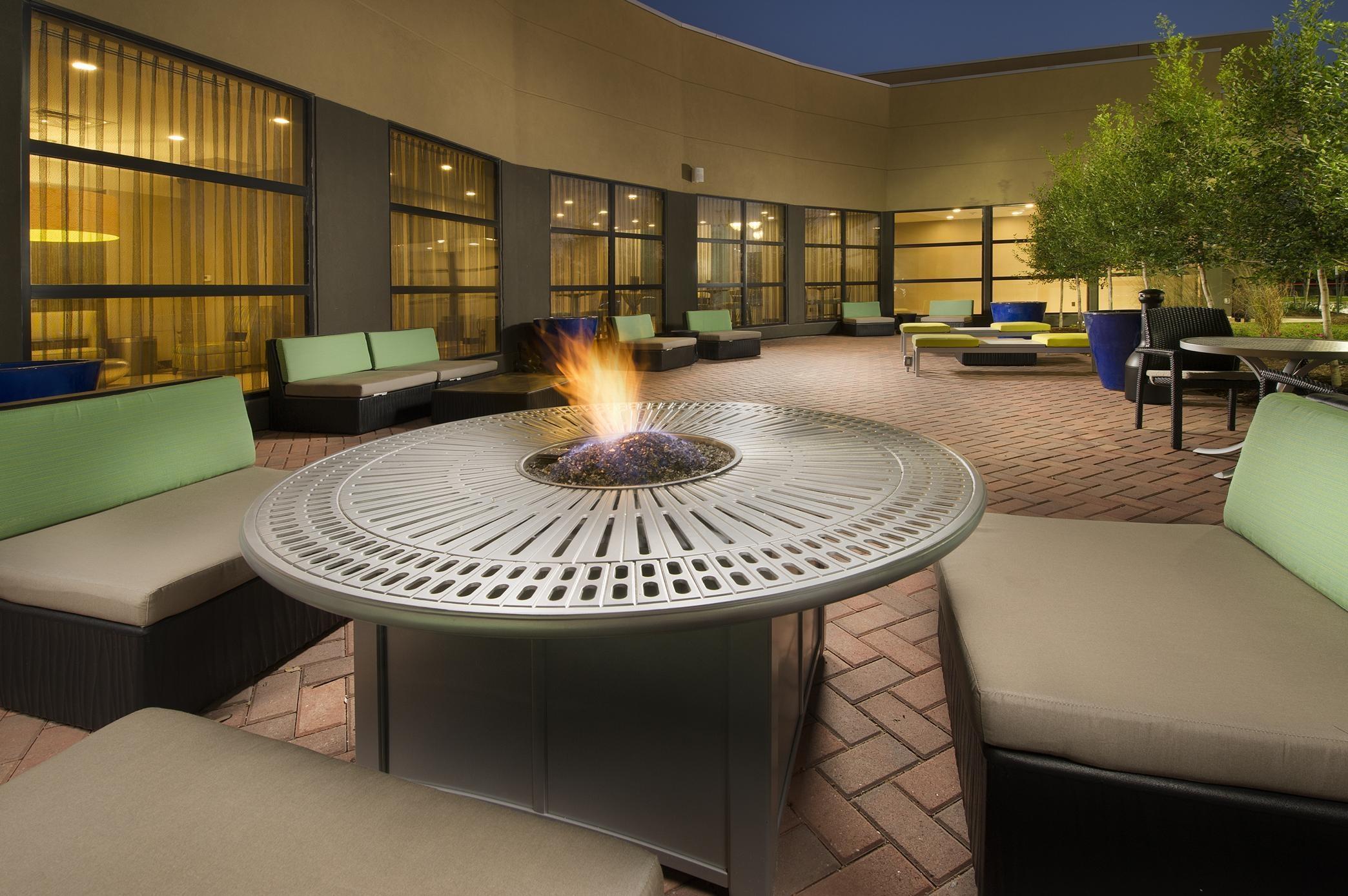 Hilton Garden Inn College Station image 27