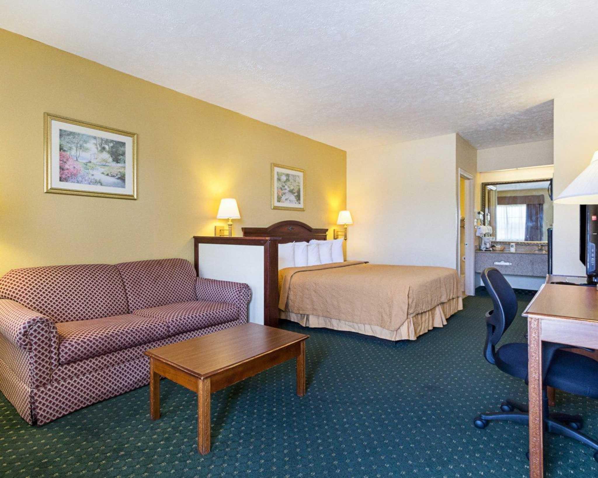 Quality Inn & Suites Southwest image 26