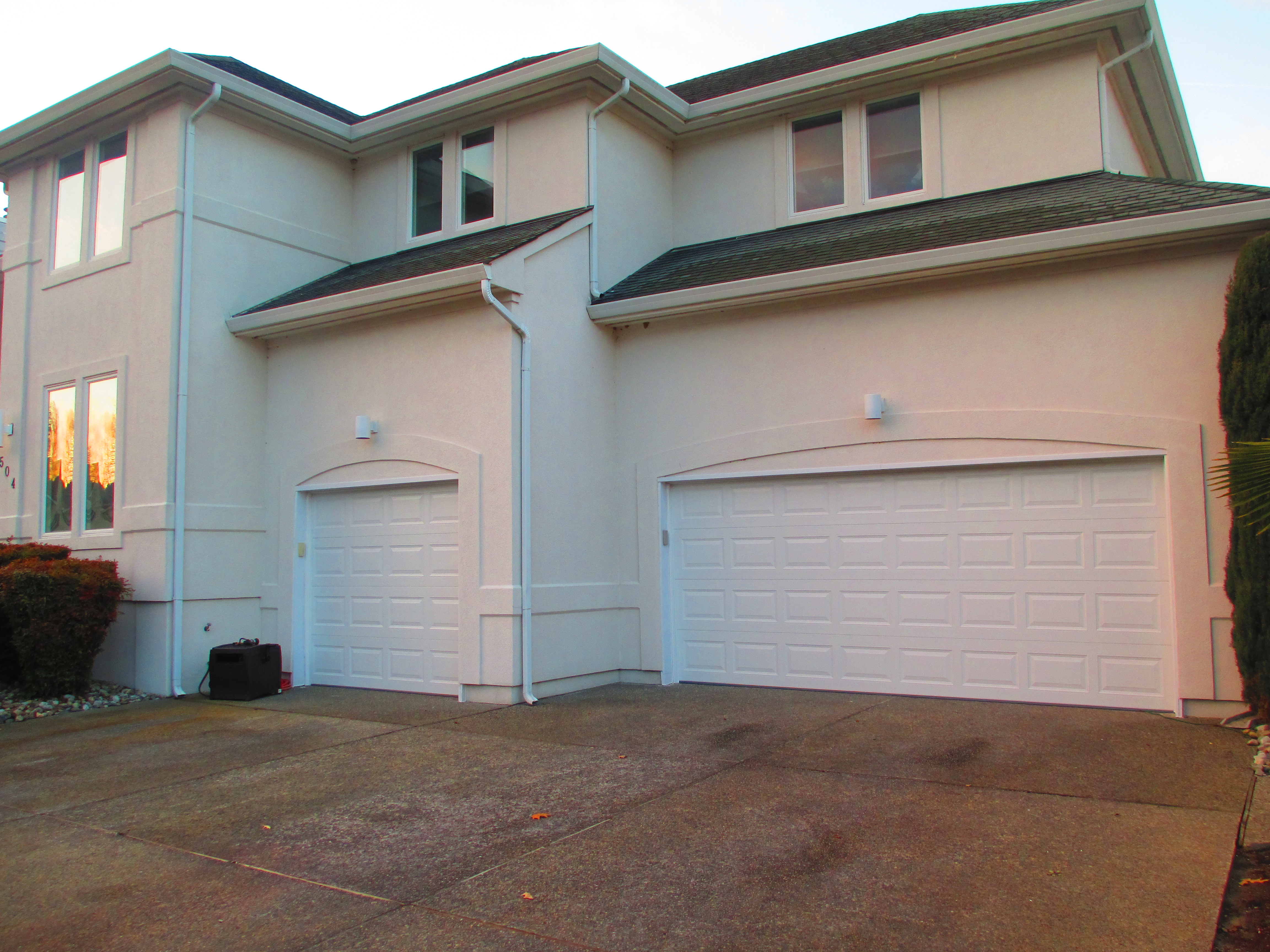 J&S Overhead Garage Door Service image 5