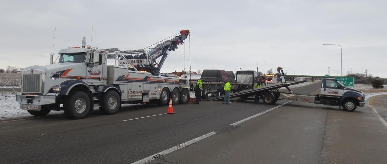 Reynolds Towing Service image 40