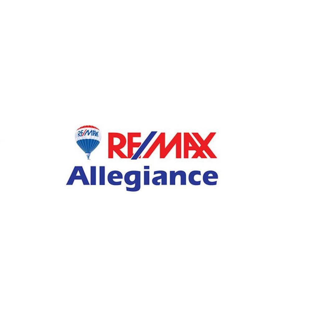 Sherry Elphick-Schoske, Realtor at RE/MAX Allegiance
