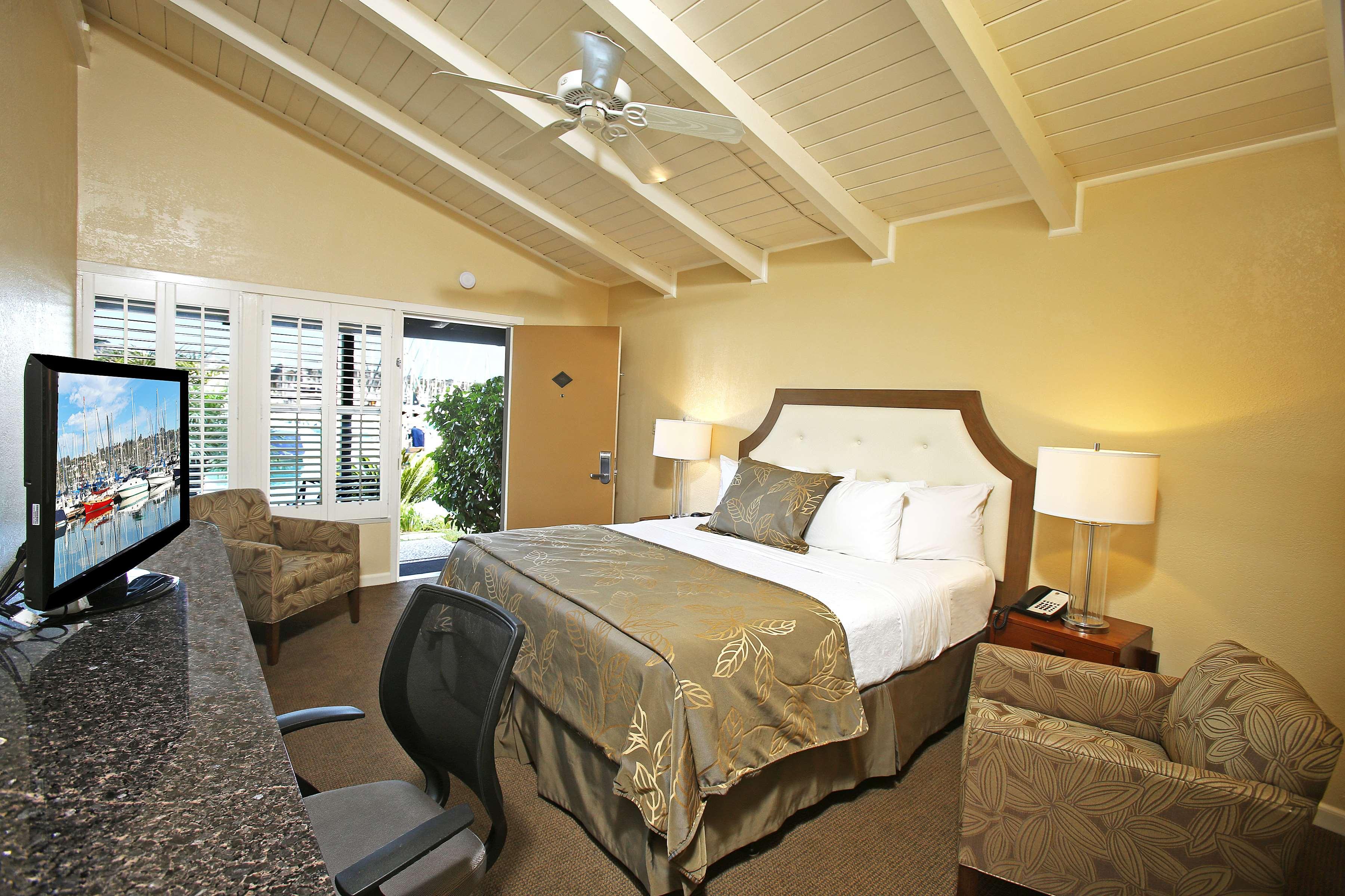 Best Western Plus Island Palms Hotel & Marina image 31