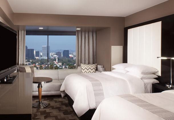 Beverly Hills Marriott image 2