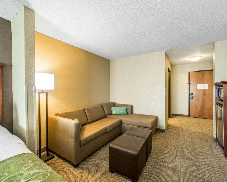 Comfort Suites Columbia - University Area in Columbia, MO, photo #12