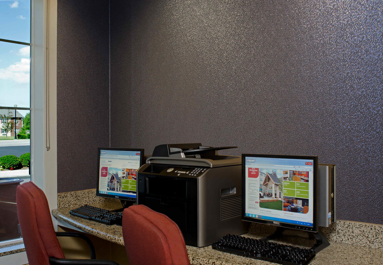 Residence Inn by Marriott Toledo Maumee image 13