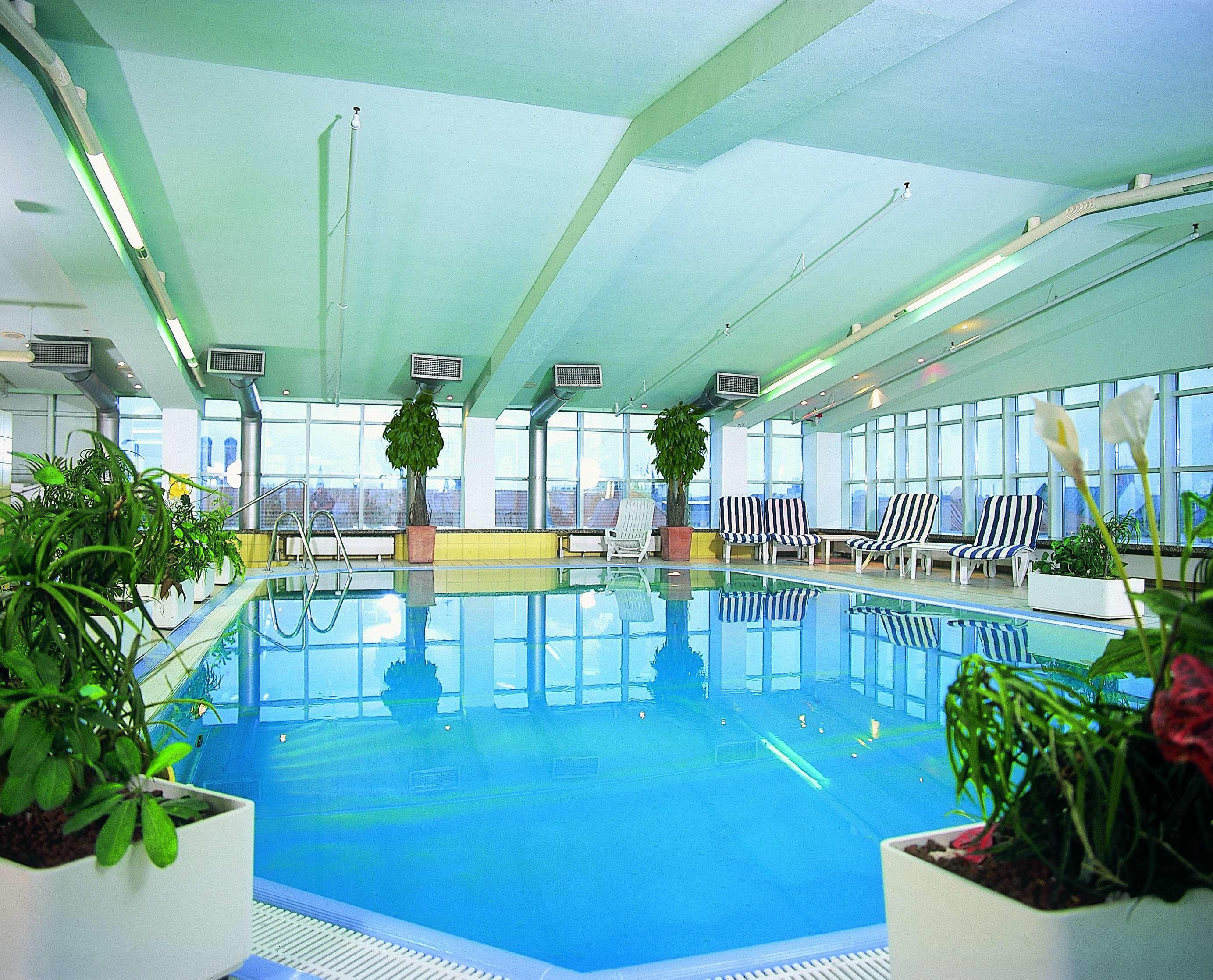 Hotel Munchen Mit Pool Im Zimmer