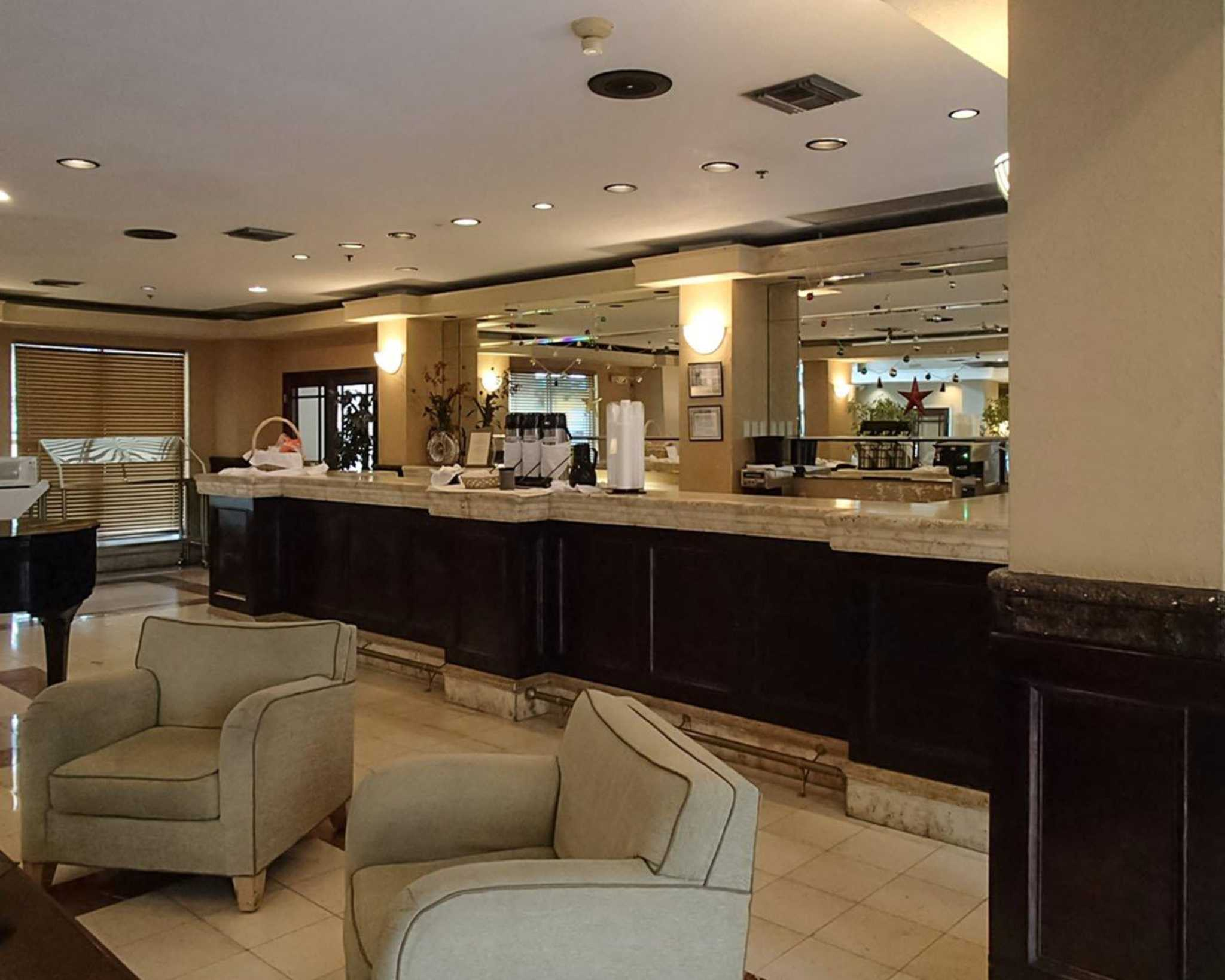 Rodeway Inn South Miami - Coral Gables image 11