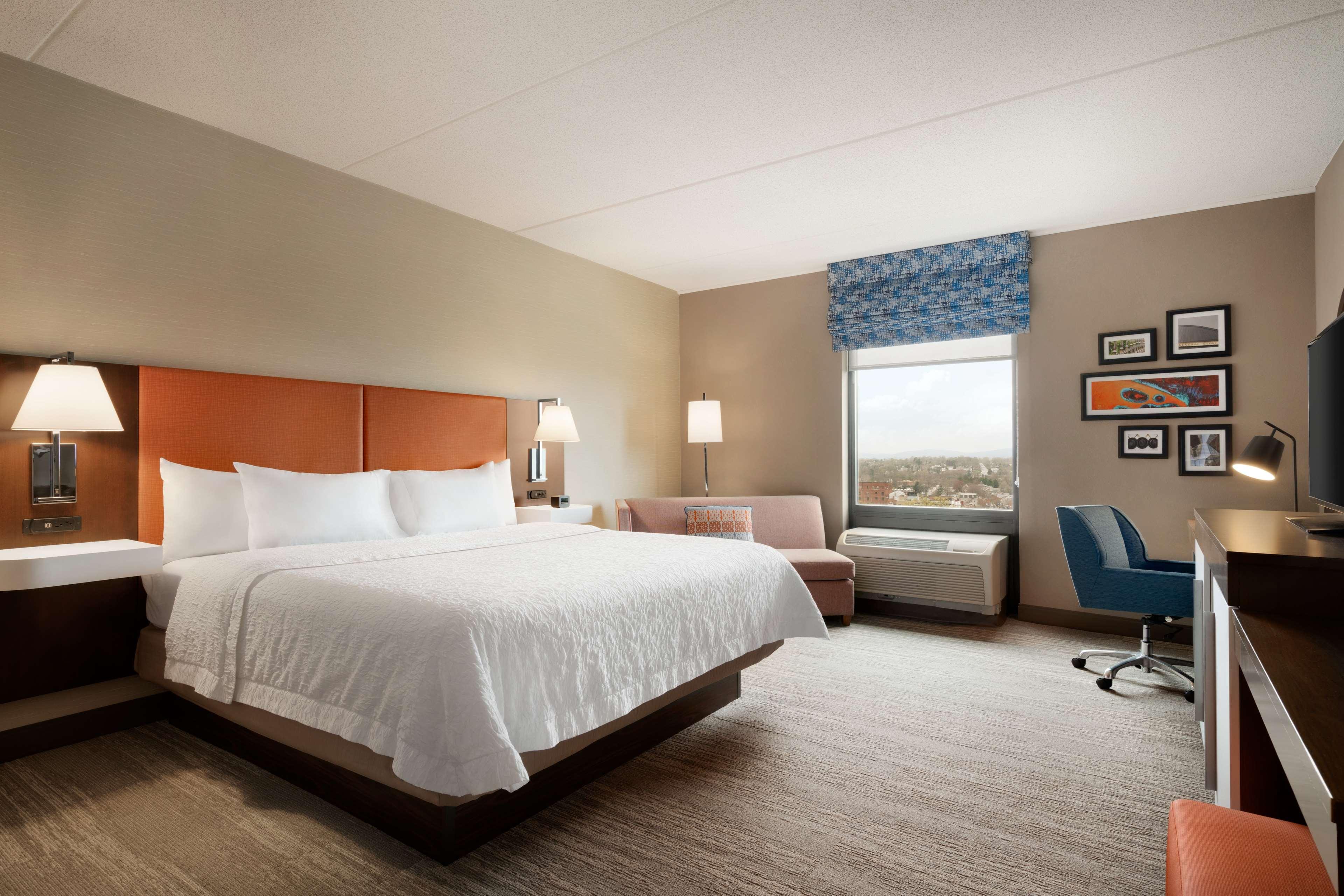 Hampton Inn & Suites Ephrata - Mountain Springs image 24