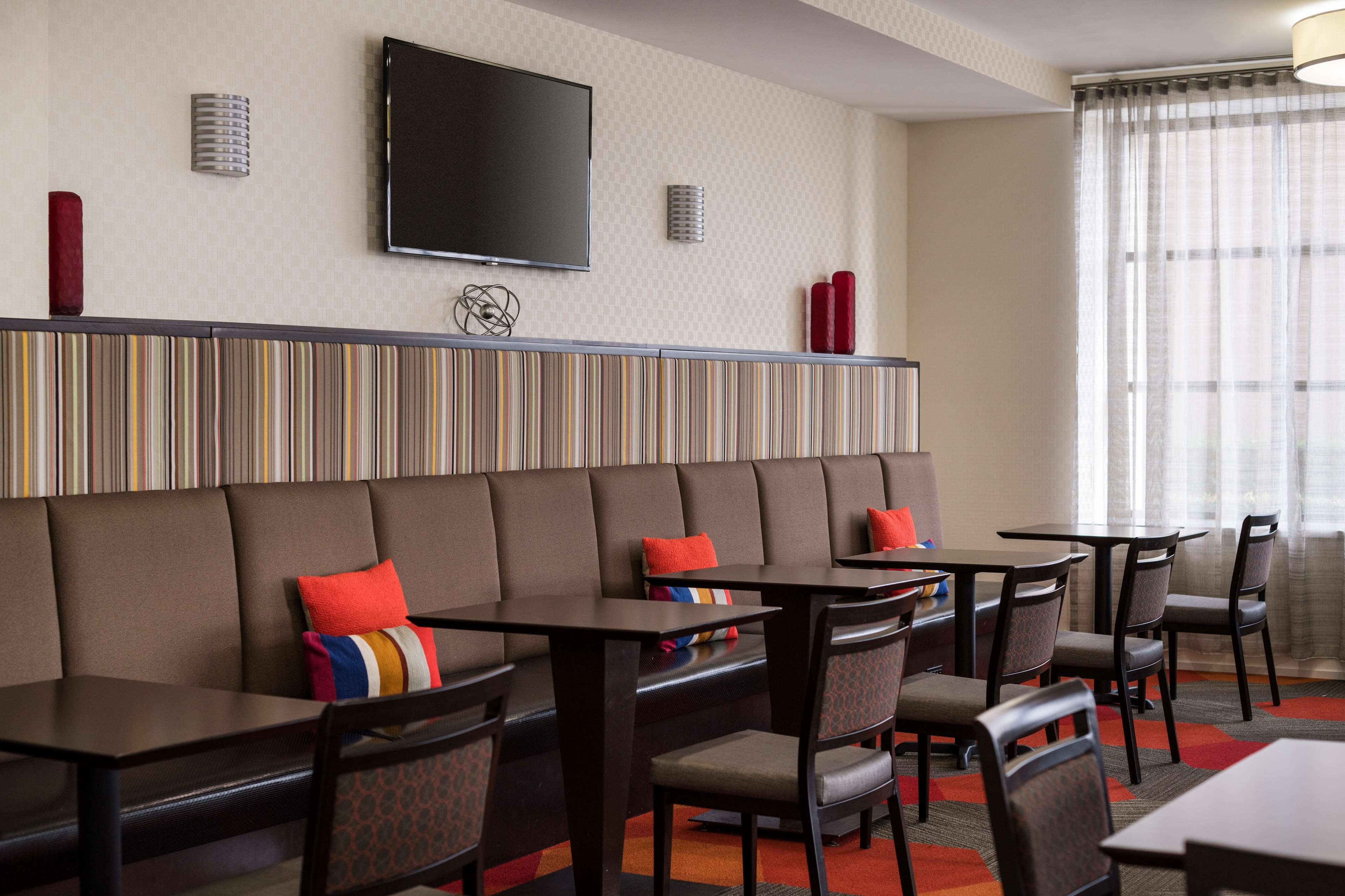 Homewood Suites by Hilton Anaheim-Main Gate Area image 6