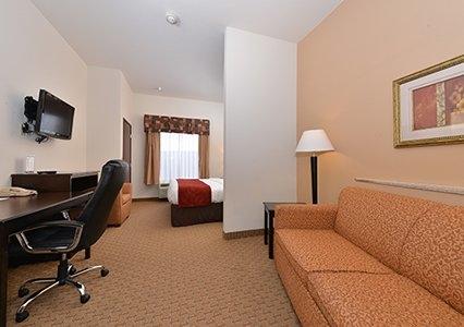 Comfort Suites Jackson-Cape Girardeau image 1