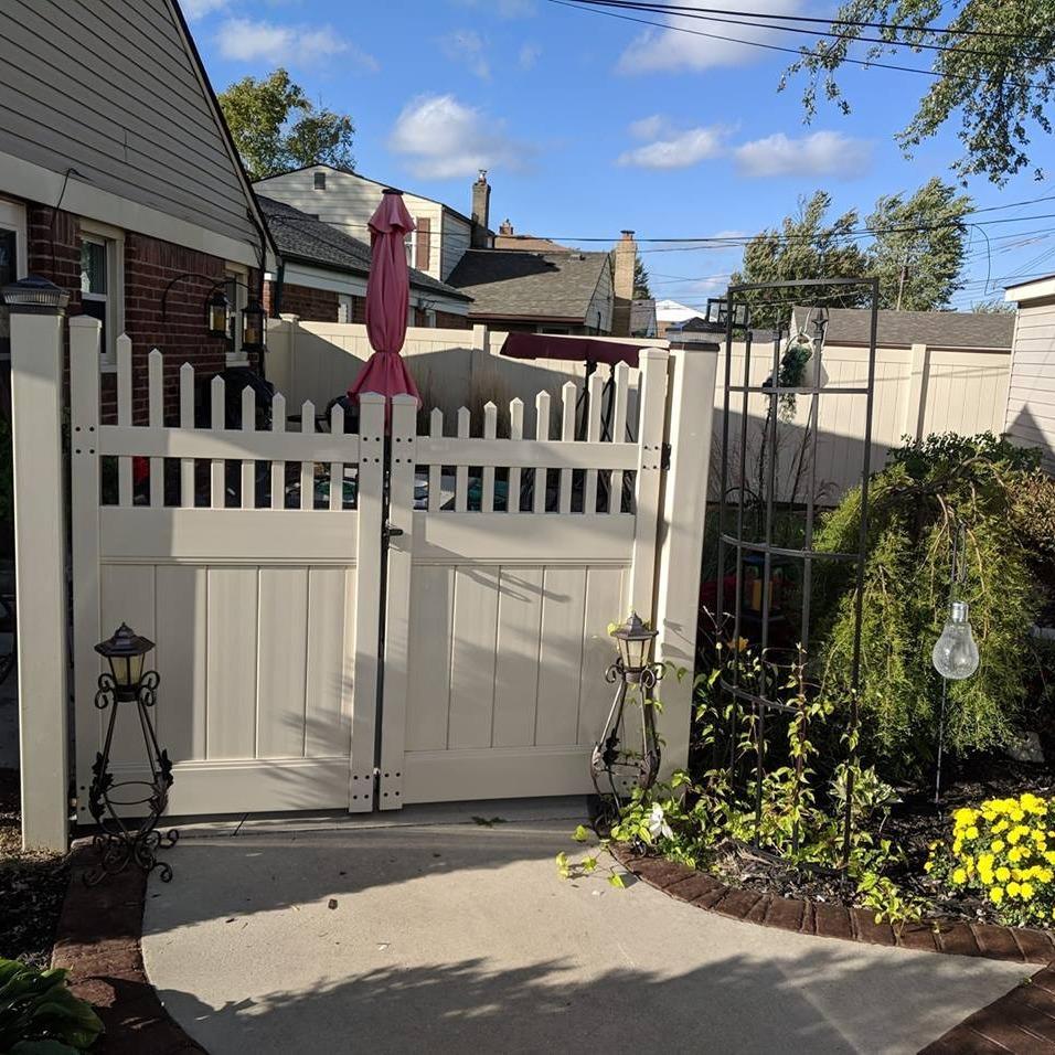 Joe's Deck & Fence image 3