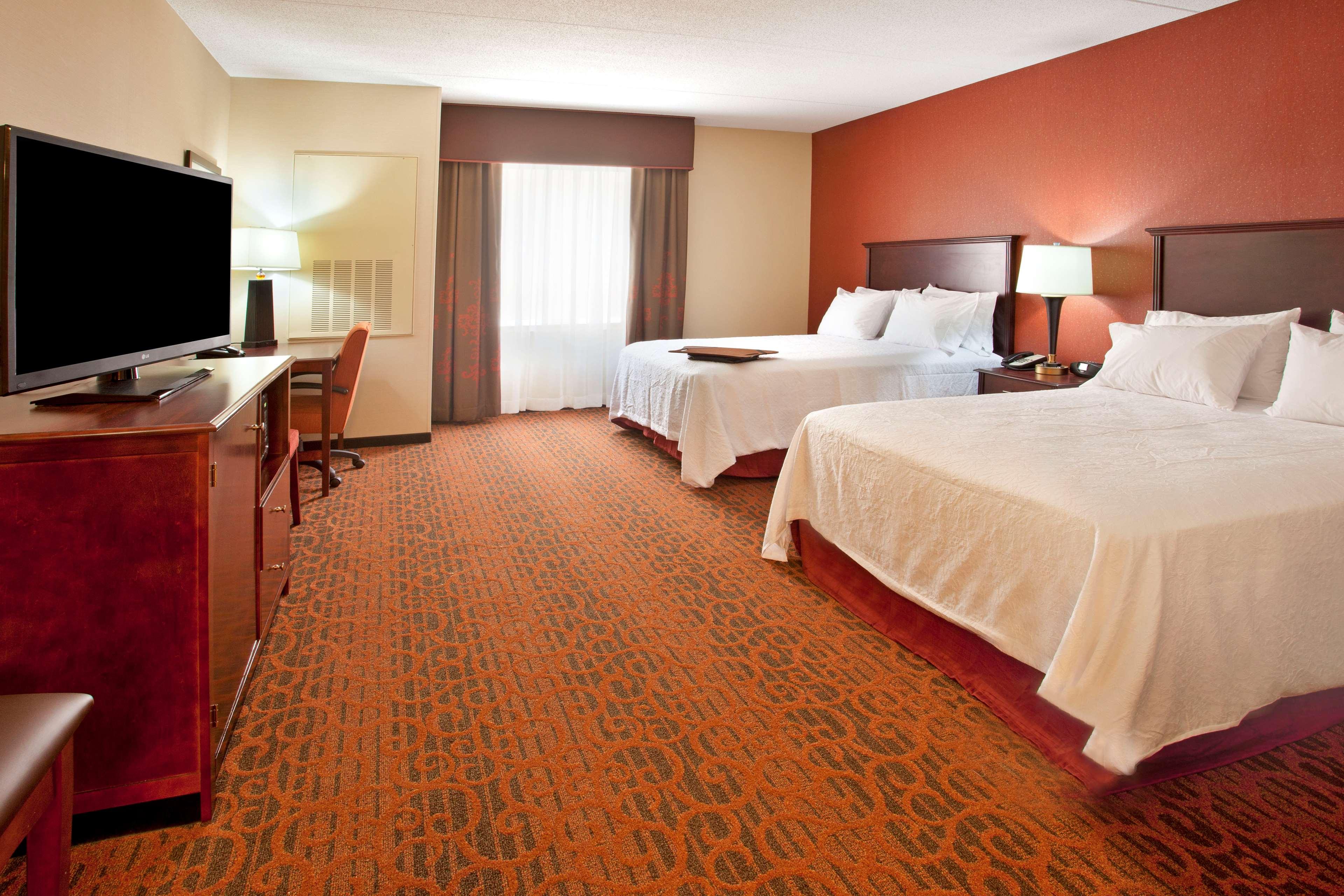 Hampton Inn Suites Minneapolis St Paul Arpt-Mall of America image 21